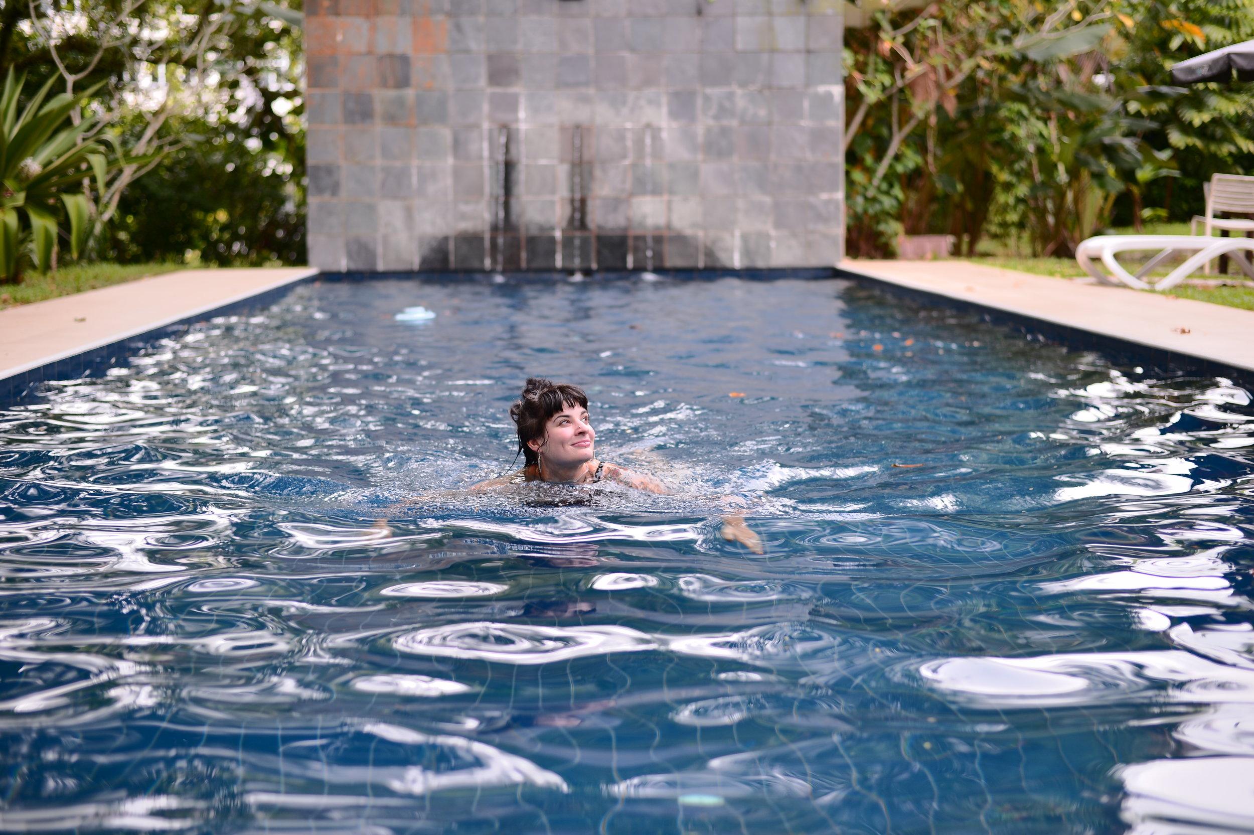 Alley in the pool. 50mm f/1.8 AF-S Nikon Df