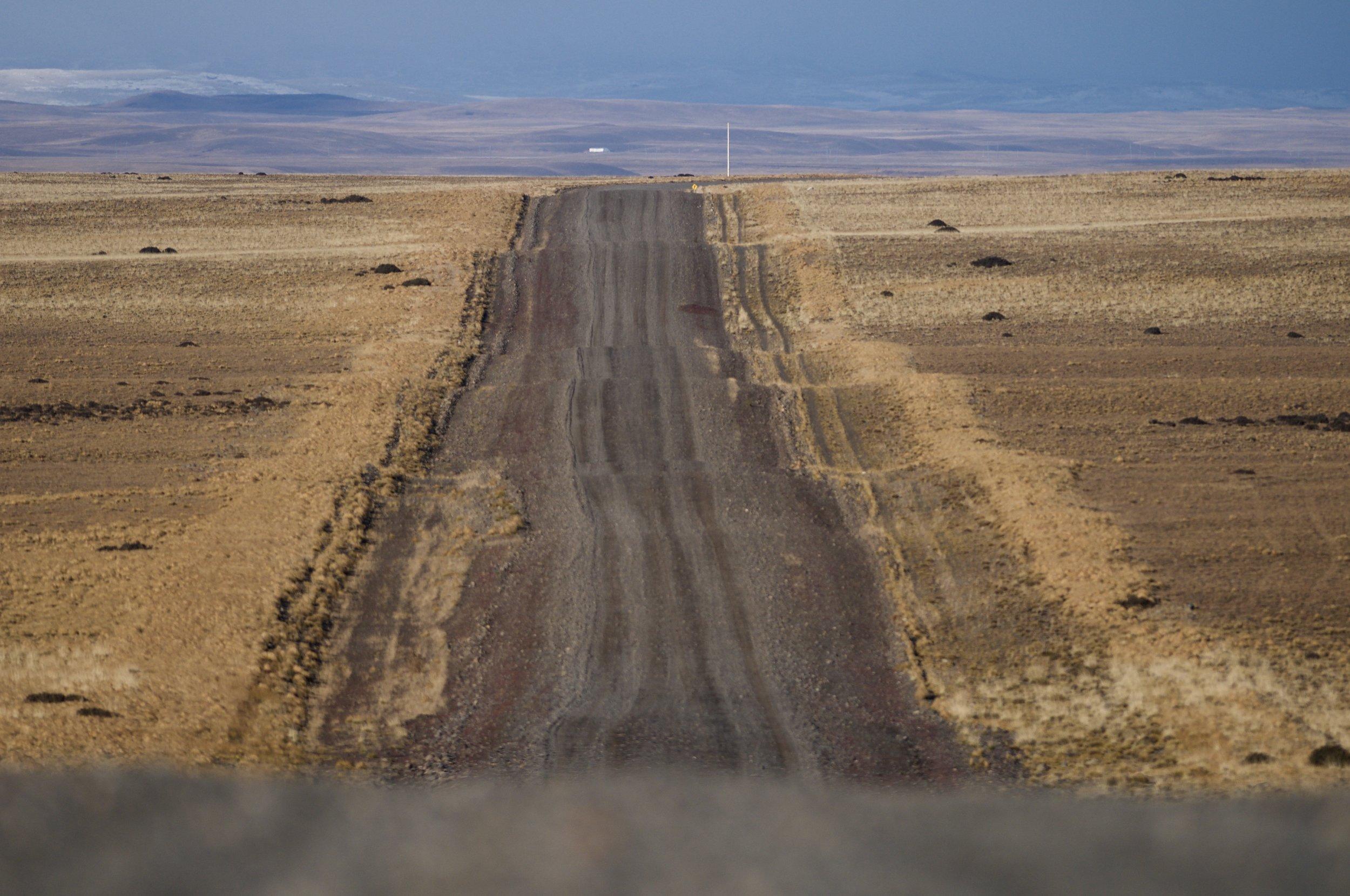 Carretera 40 in Argentina, near Torres del paine.