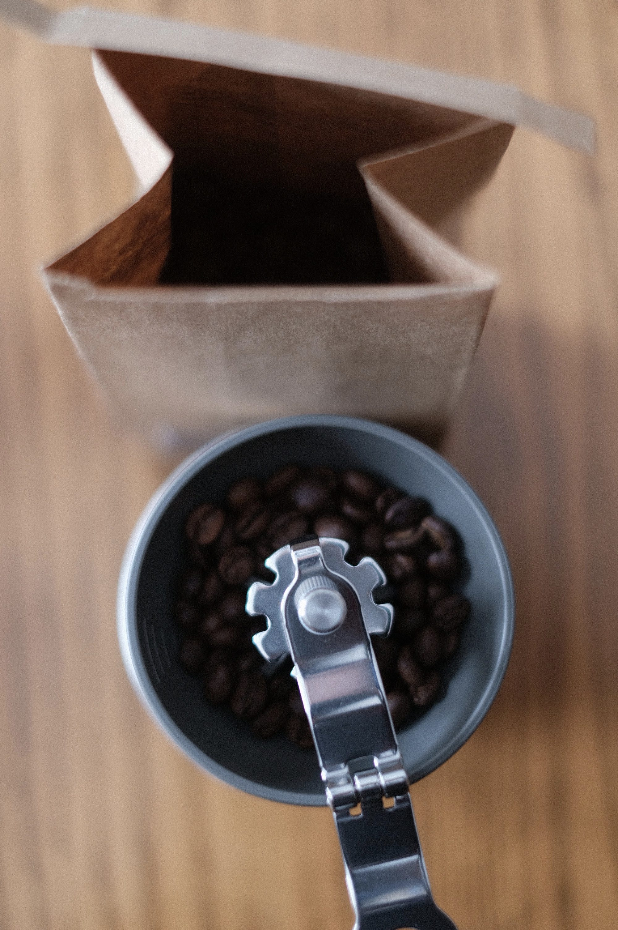 The small ceramic burr grinder, included.