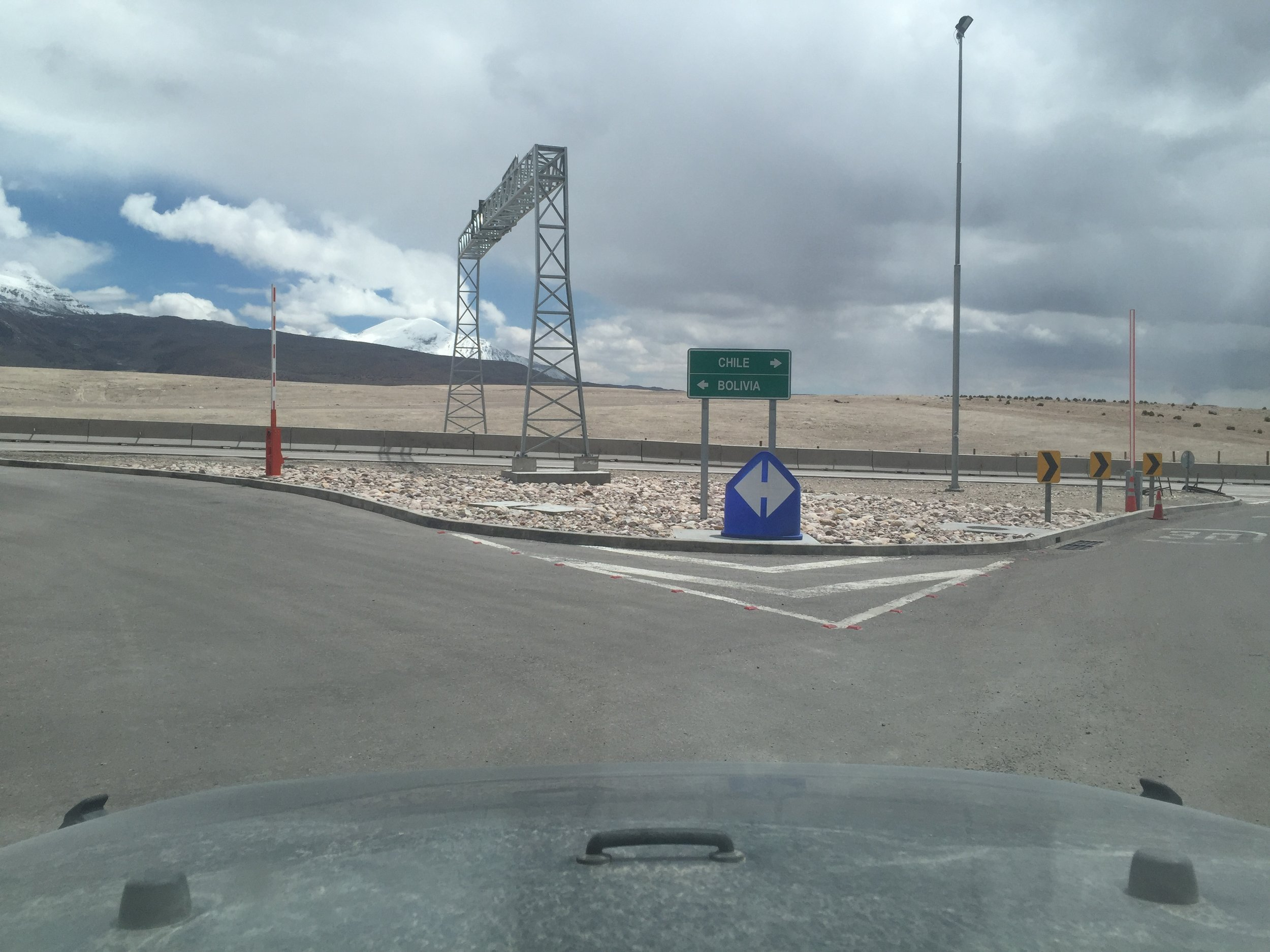 Here is an intersection. This precise one is at the border after Peru, where you can choose to go to Chile or Bolivia.