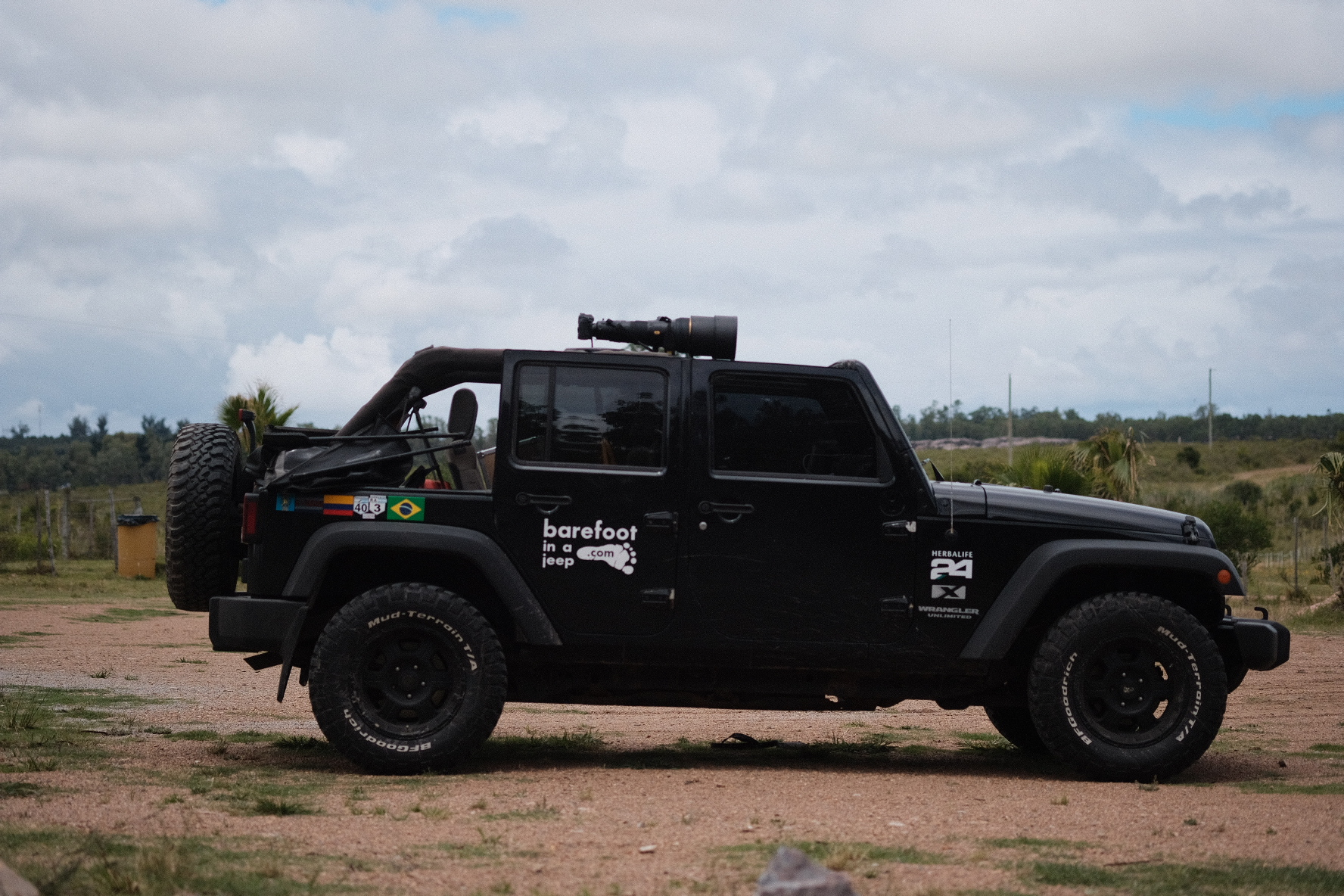 I mounted a 600mm f/4 on my Jeep. Why? Cause I could.