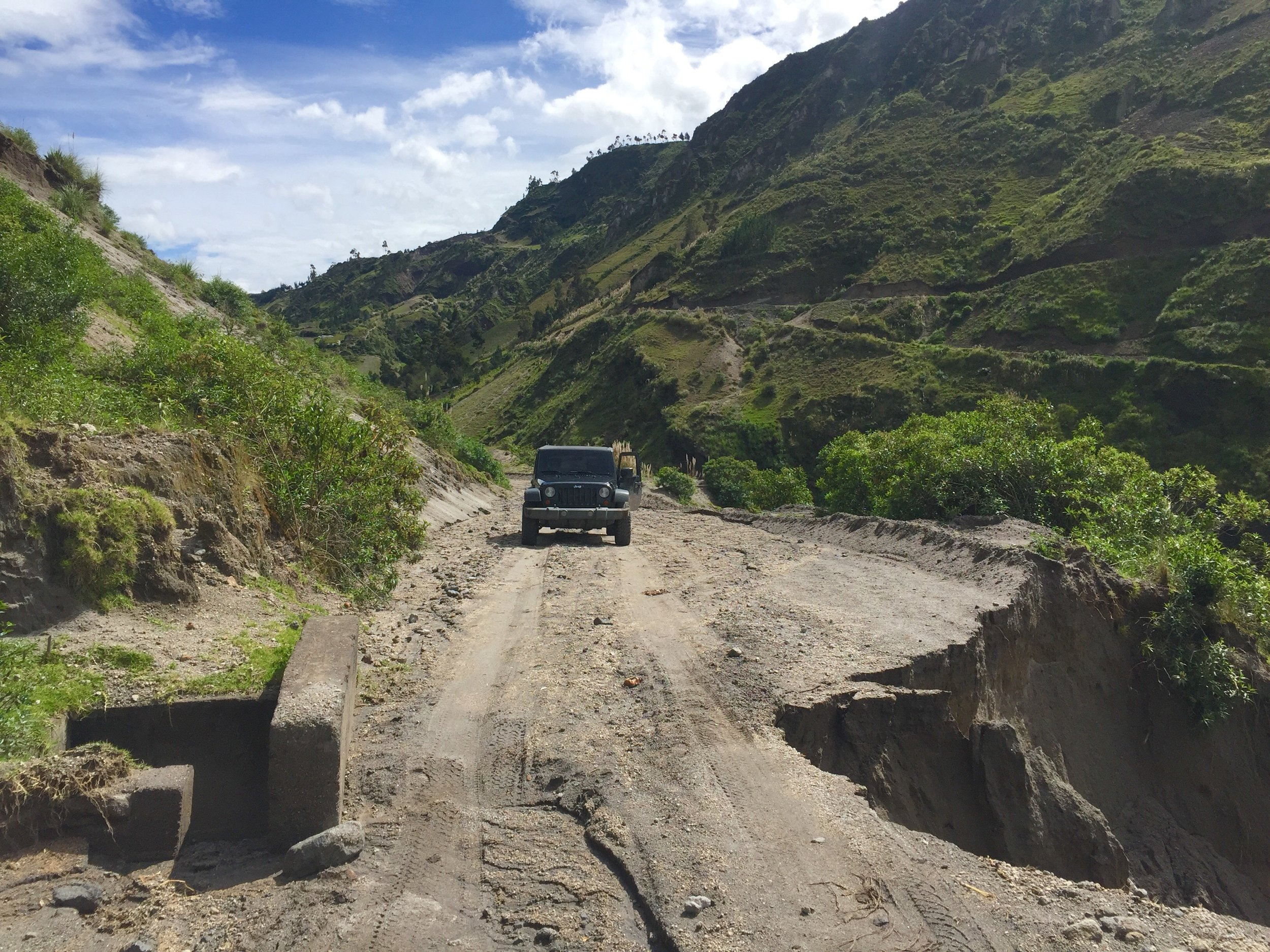 Will it pass? I did not end up trying…too sketchy. This is in Northern Ecuador. I remember trying to get back to the main highway but Maps.me and Google Maps kept trying to make me pass through small dirt road at high altitude. Good thing I had an extra jerry can of fuel.