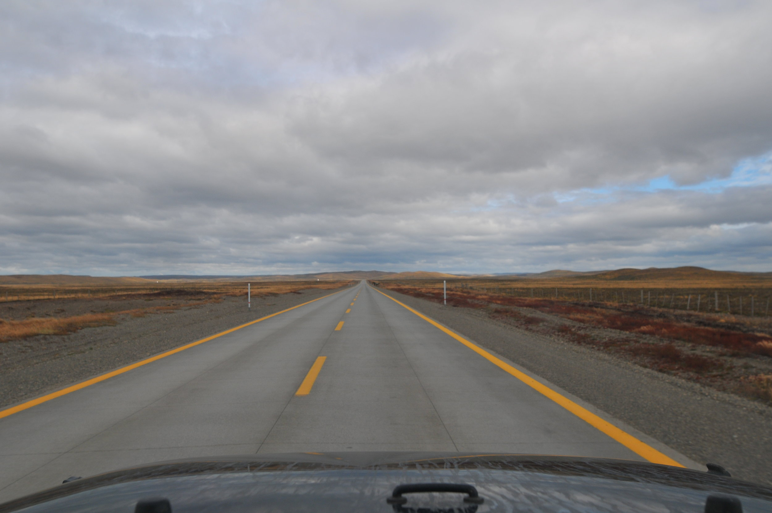 Tierra del Fuego! That's it. That's the last stretch of road before Ushuaia. Average speed is 130km/h to stay with the traffic speed and wind is blowing hard. I think that I was doing 15 l/100km on the Jeep.