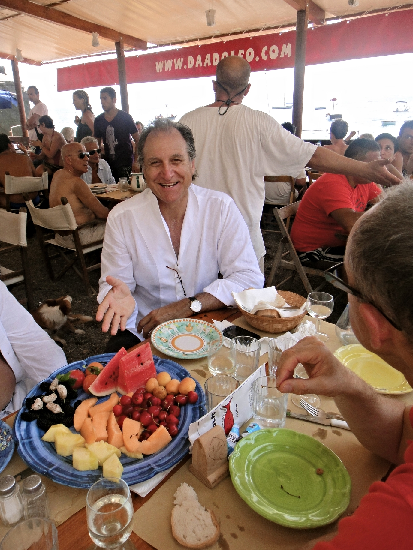 beach lunch with Pops in Positano