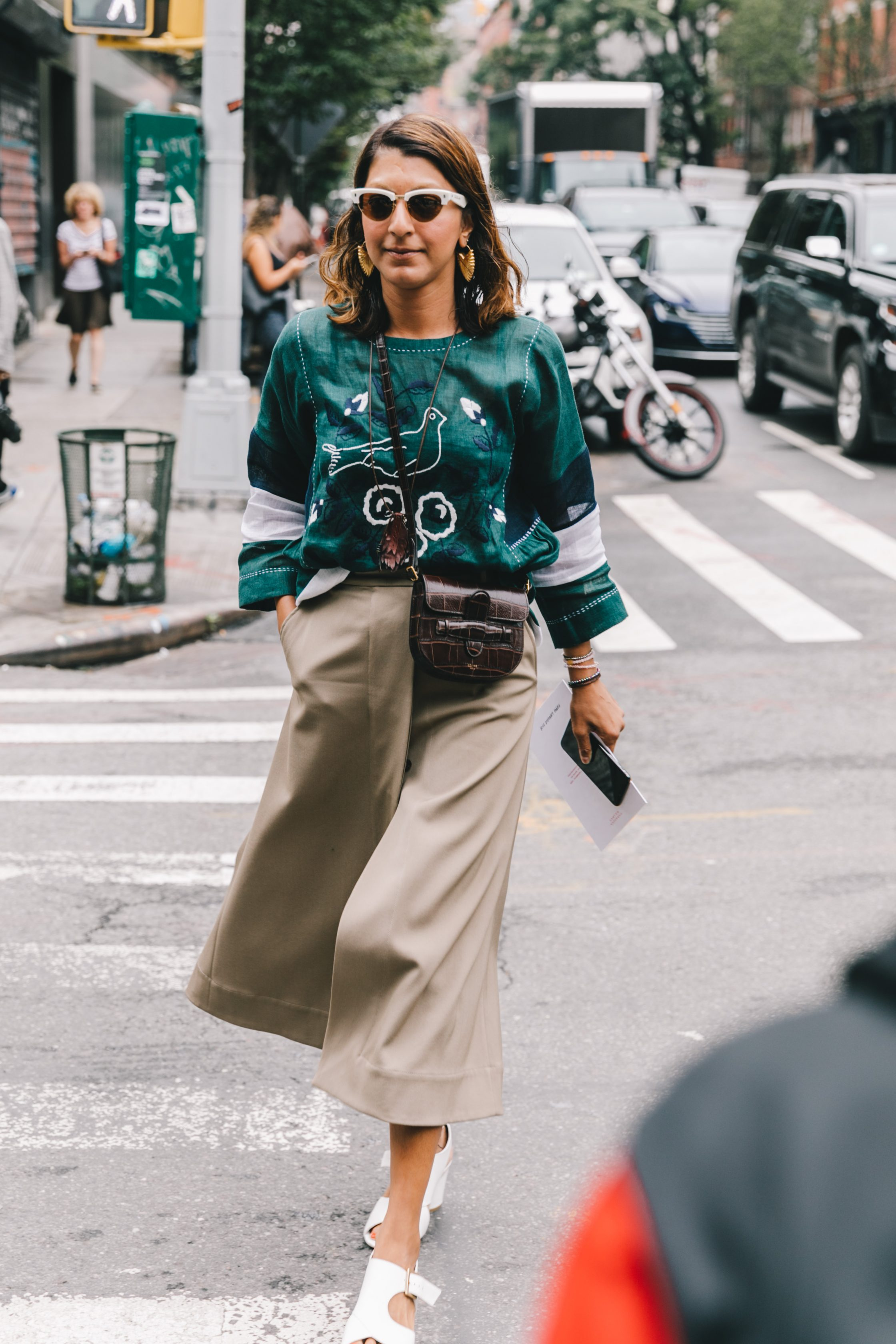Collage_Vintage-NYFW-New_york_fashion_Week-Street_Style-24-1-2240x3360.jpg