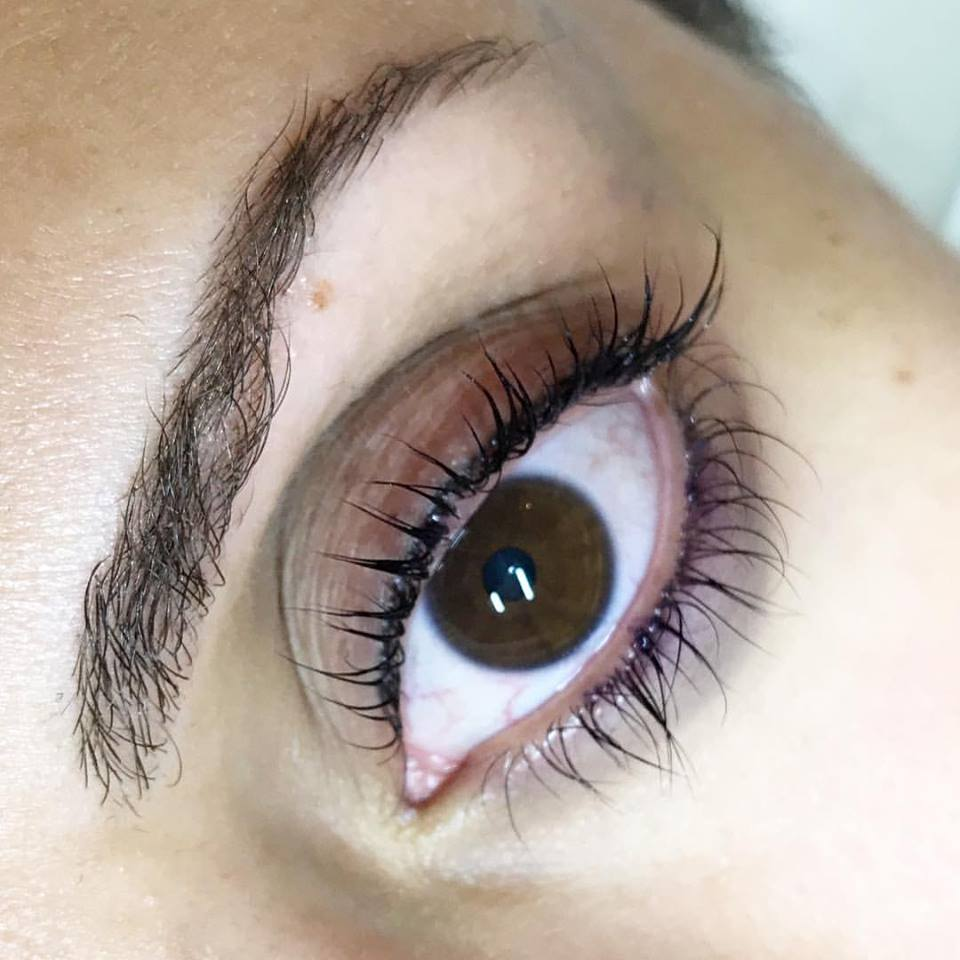 How AMAZING is this healed Featherstroke Eyeliner?!?! We did her top and bottom and she is set for 18-24 months...she wakes up like this! Book your session online today at www.blumebeauty.com