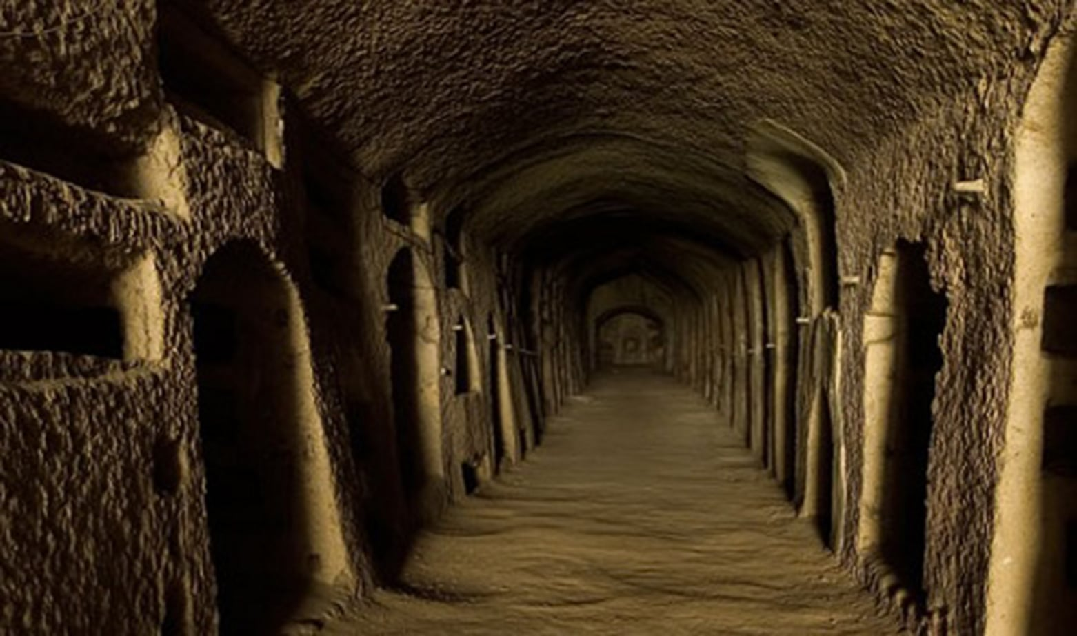 Catacombe-san-gennaro_500 300 dpi.jpg