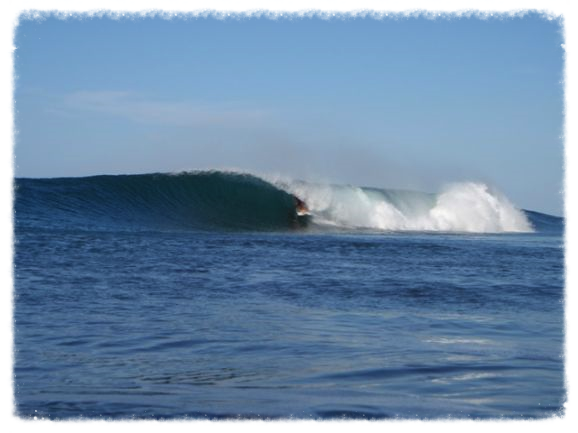 witches rock wave surf costa rica