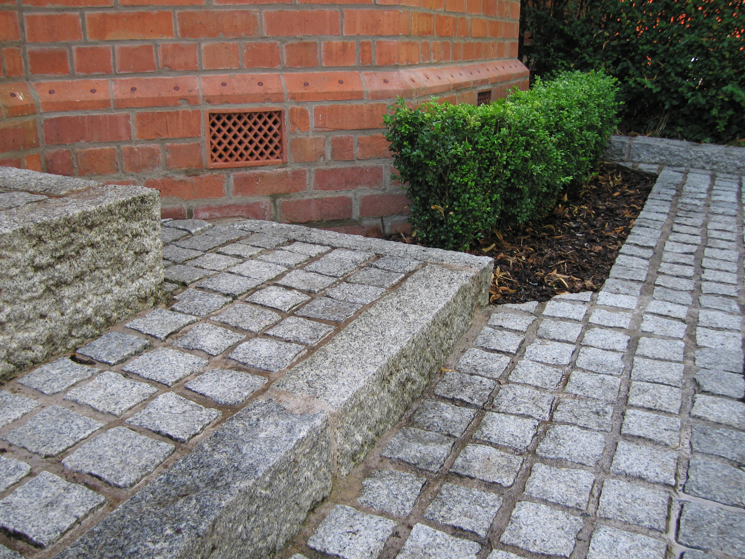 victorian house belfast with granite kerbs and setts for paving