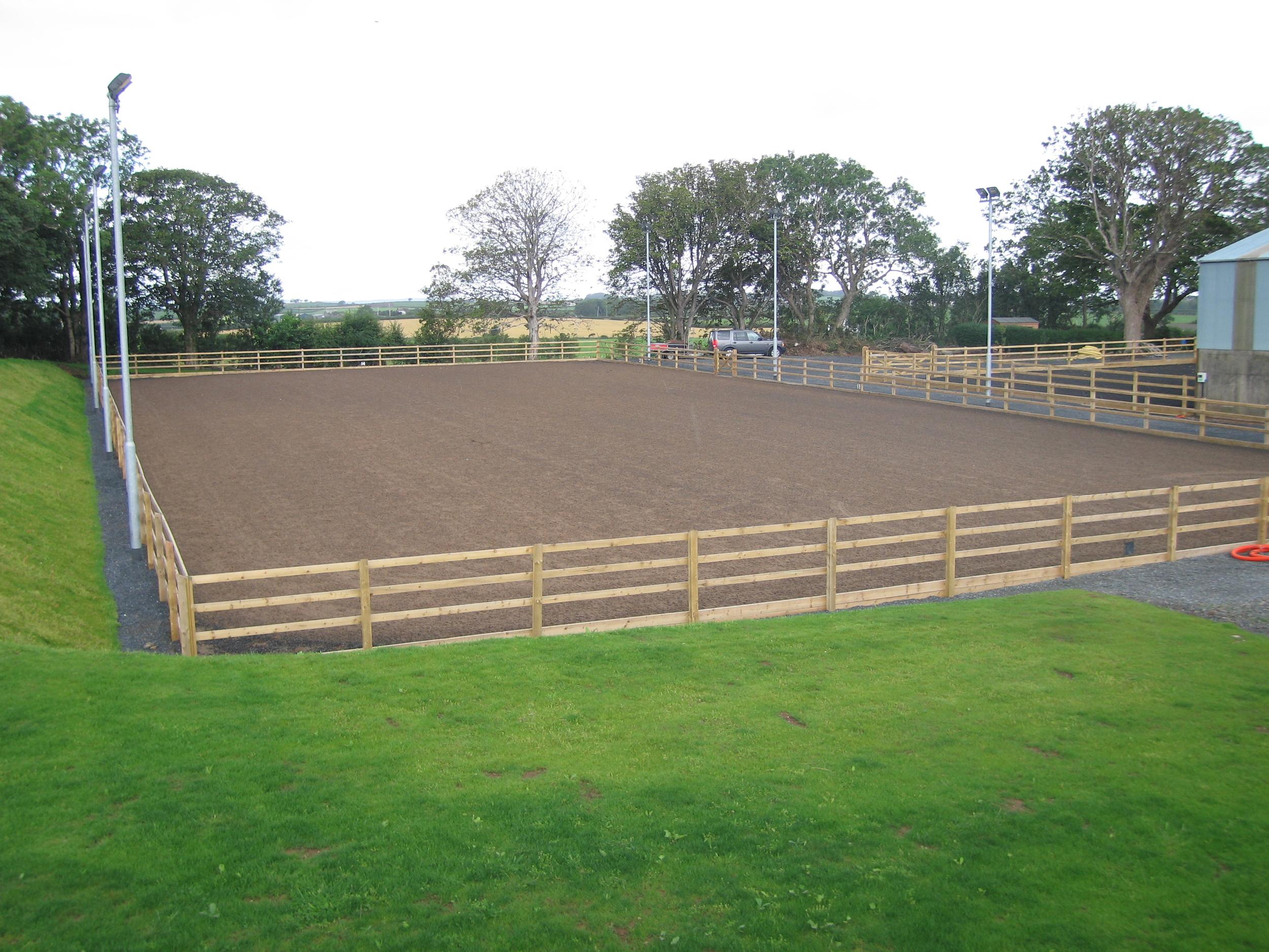 New horse arena or sandschool northern ireland