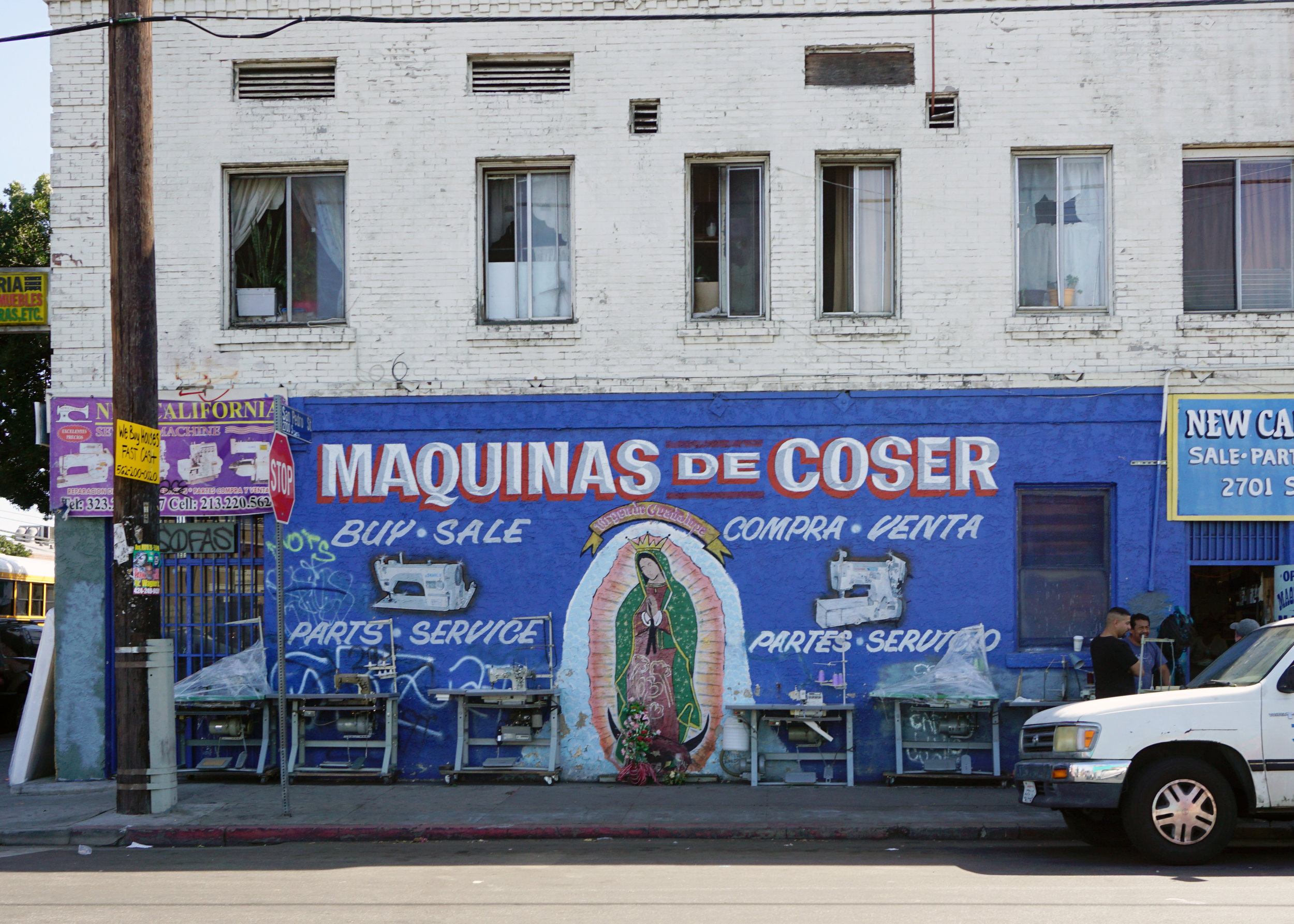 Guadalupe_MaquinaCOser_SanPedroSt_2.jpg