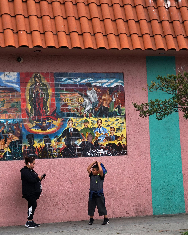Wall Mural San Pedro St .jpg