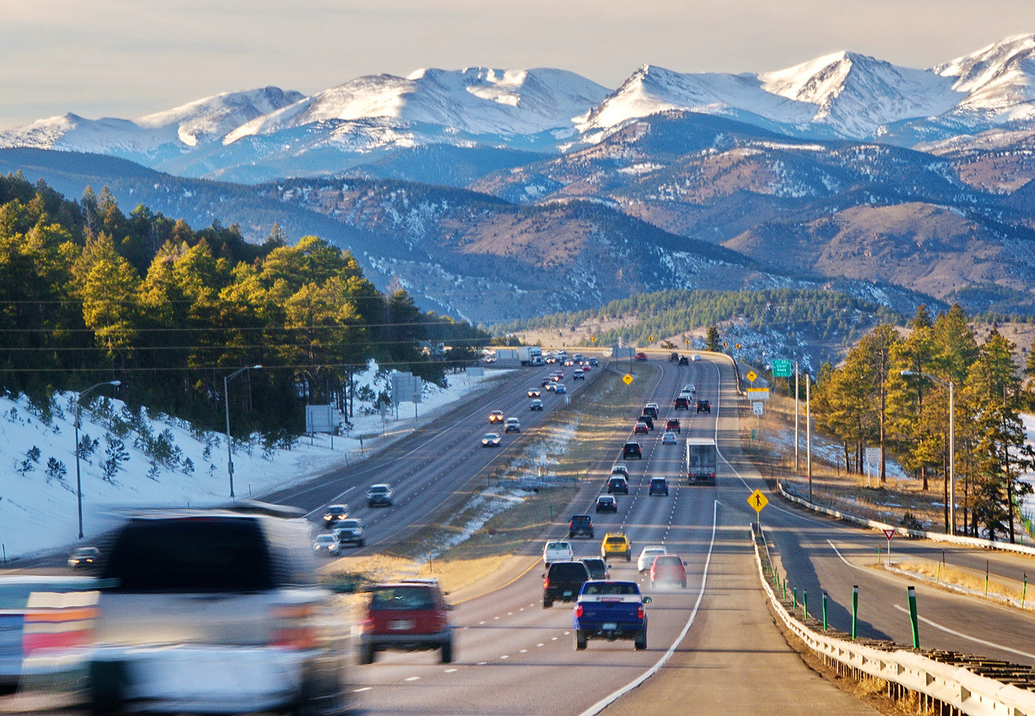 Denver mountains highway.jpg