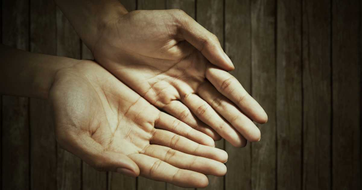 hands open.jpg