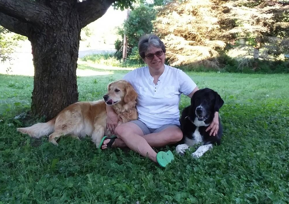Michelle Novak with dogs.jpg
