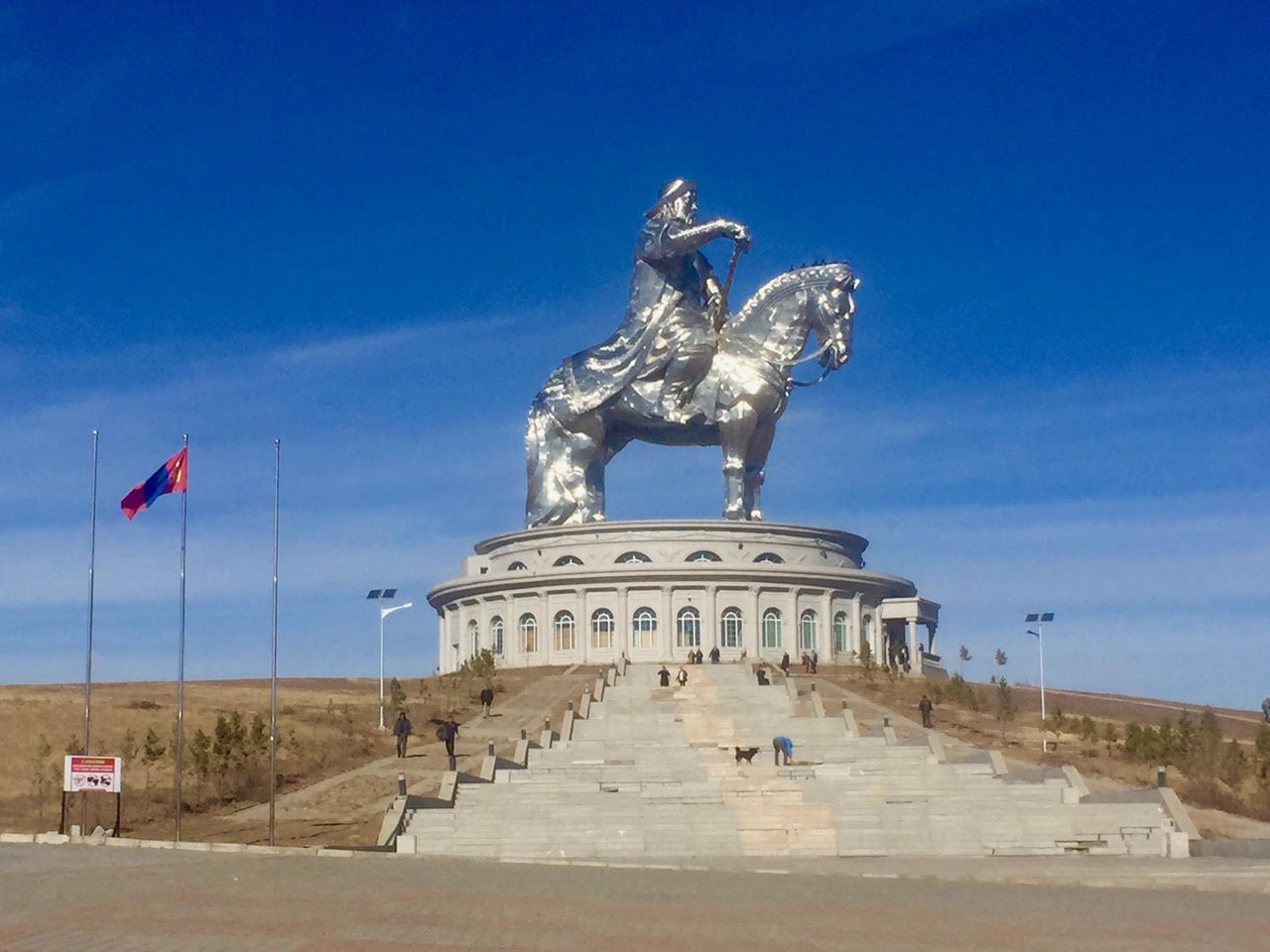 genghis khan statue--further with steps.jpg