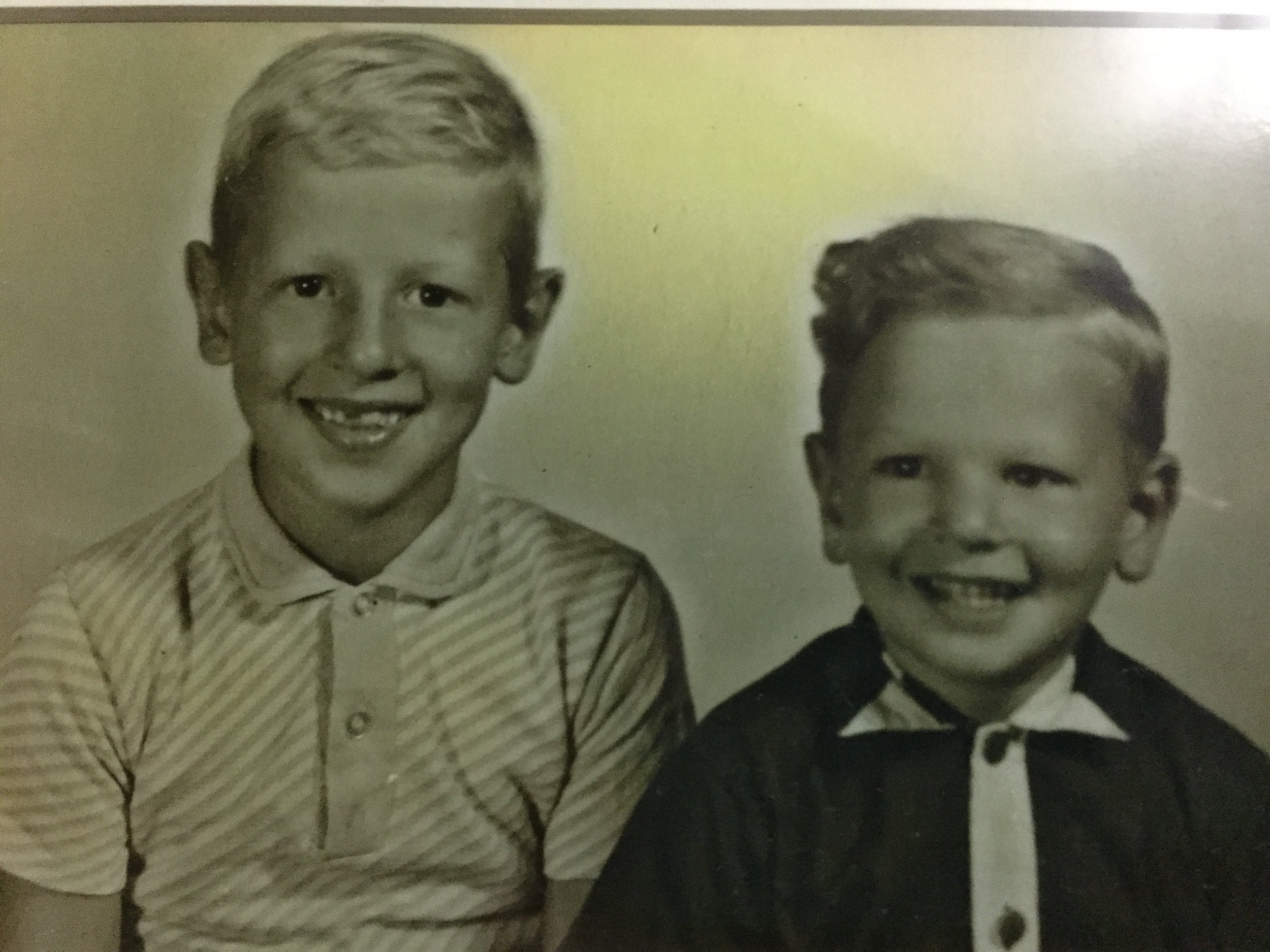 Duncan and wallace as boys.JPG