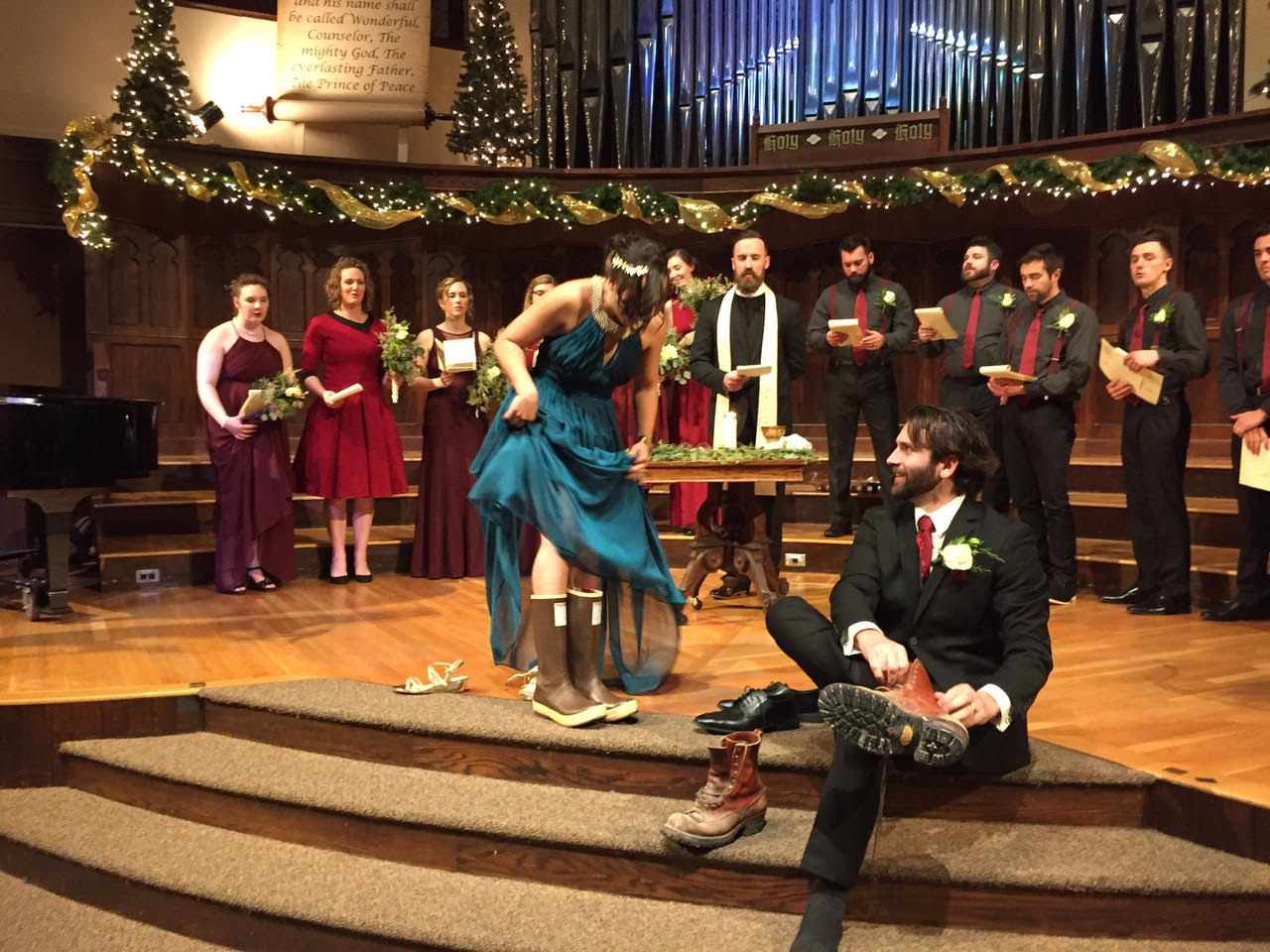 wedding--putting on boots.jpg