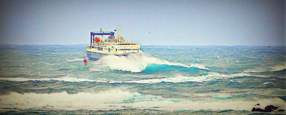 Ferry in huge waves.jpg