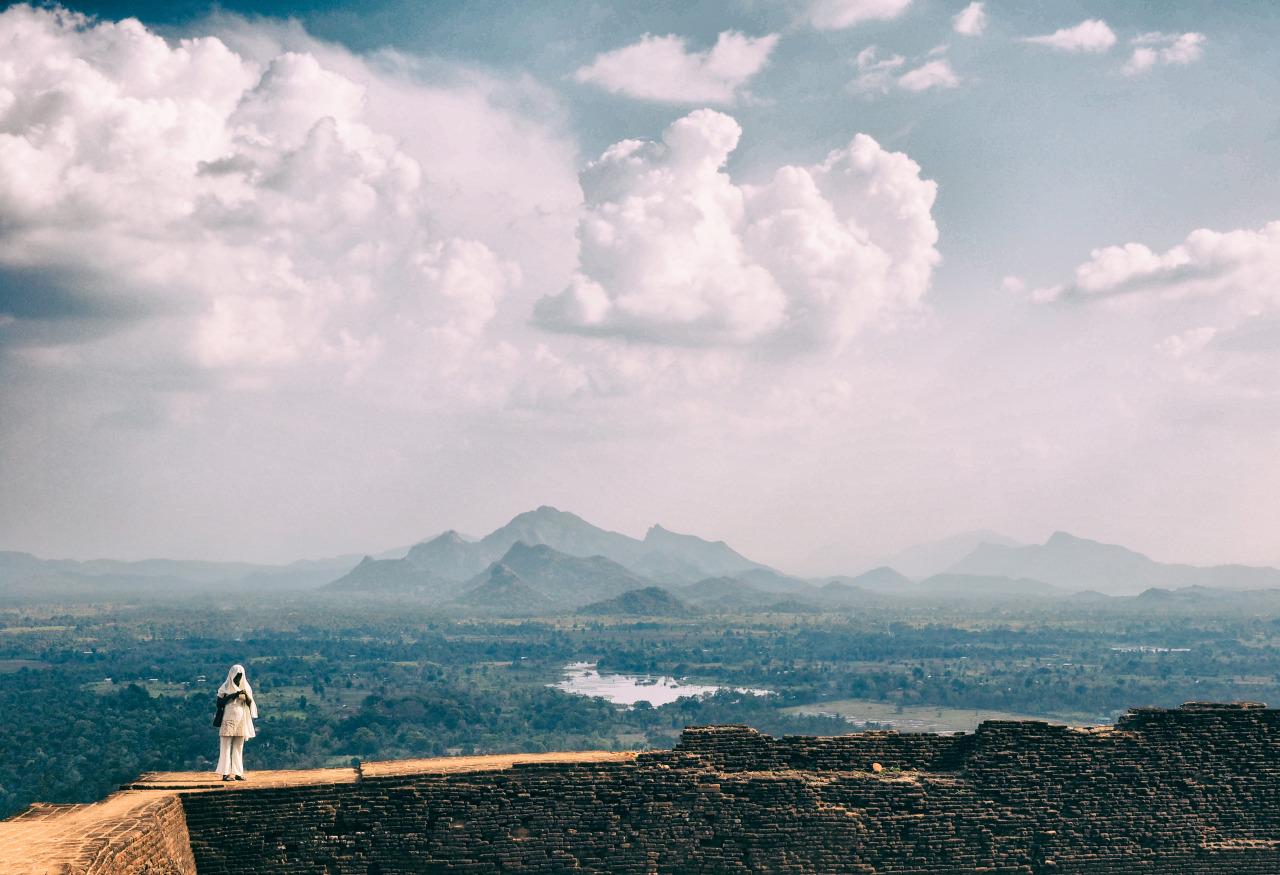 Second capture of  Sigiriya  lady from Lion's Rock,  Sri Lanka  .     Olympus AU  OM-D E-M1 + 12-40mm f/2.8