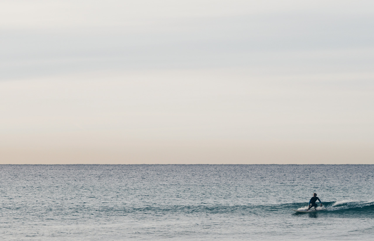 'Sunrise Surfer'    Olympus OM-D E-M1 + 75mm f/1.8