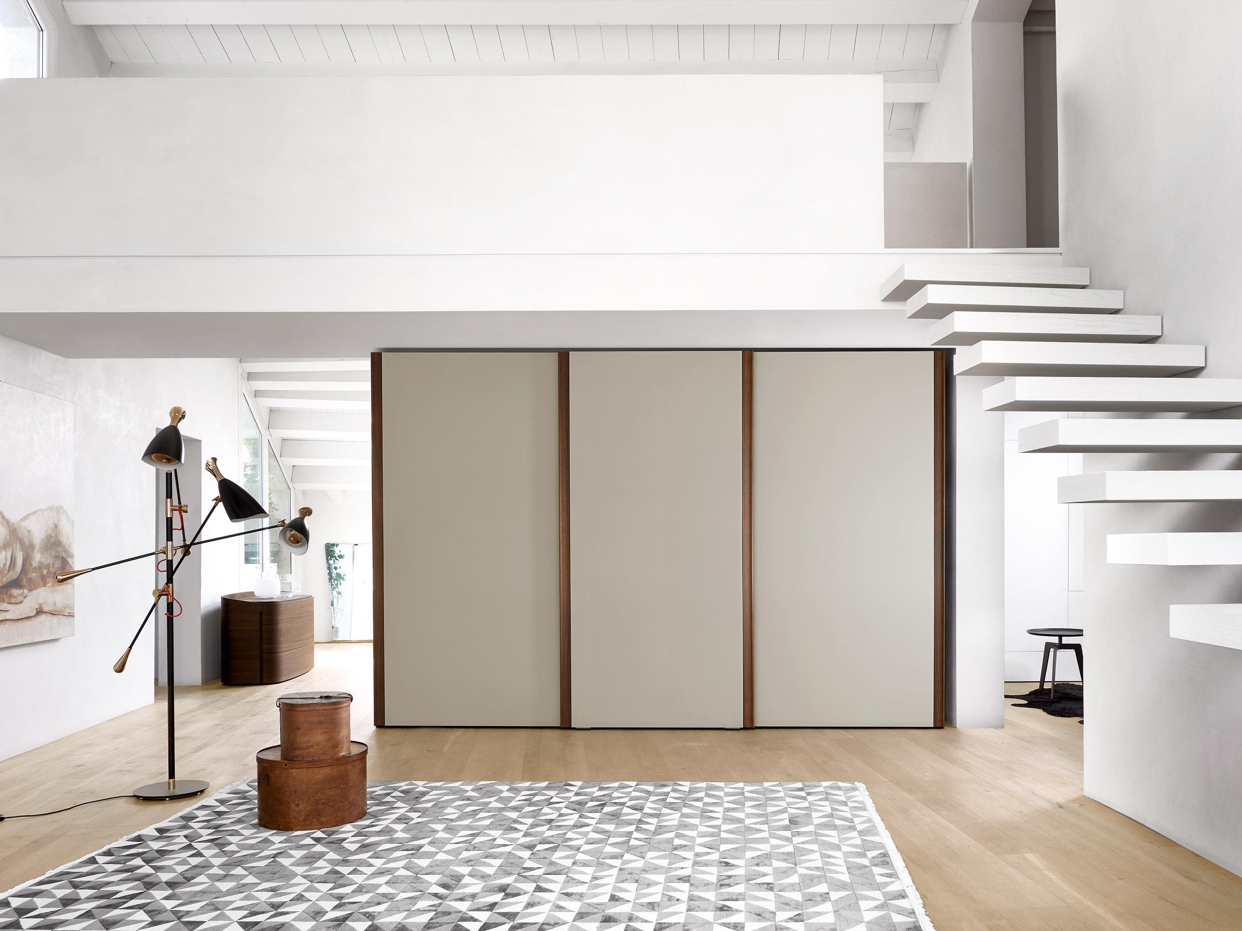 Telaro Closet