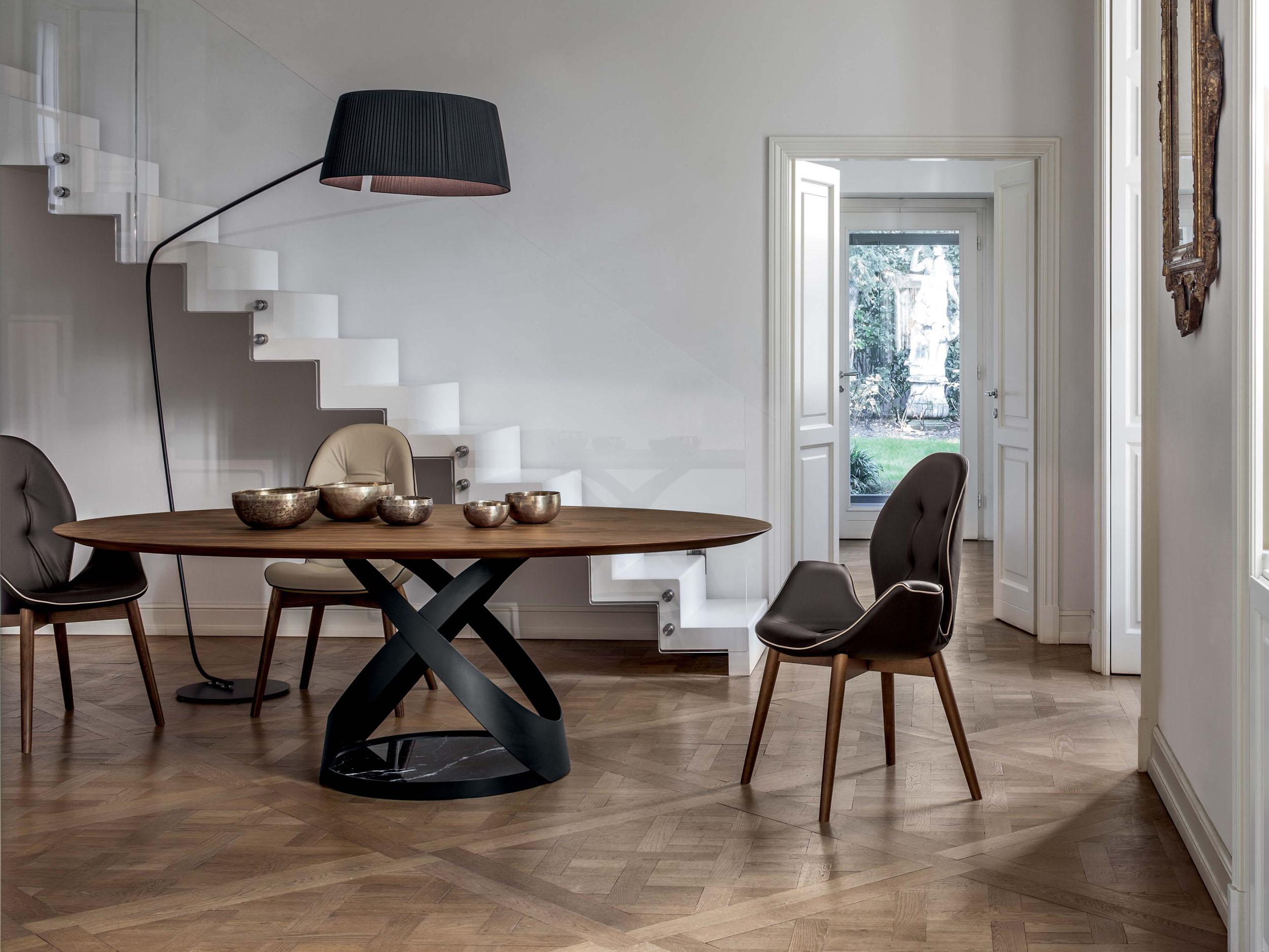 Capri Table & Sorrento Armchair