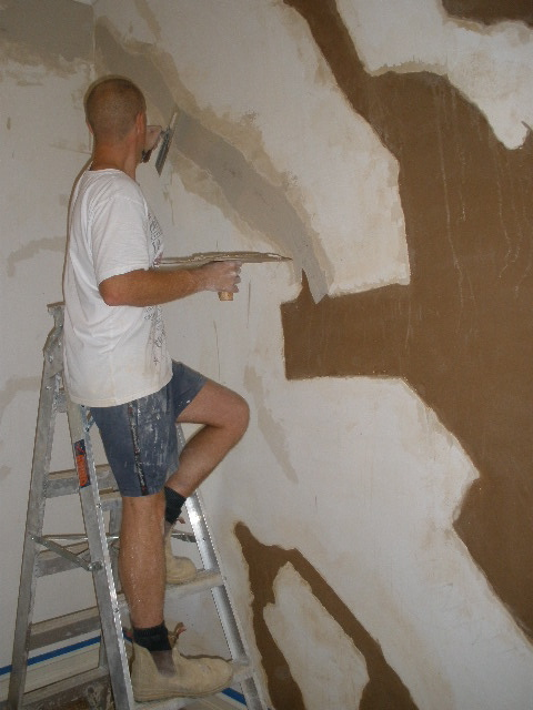 Restoring and Painting Plaster and Lath Walls