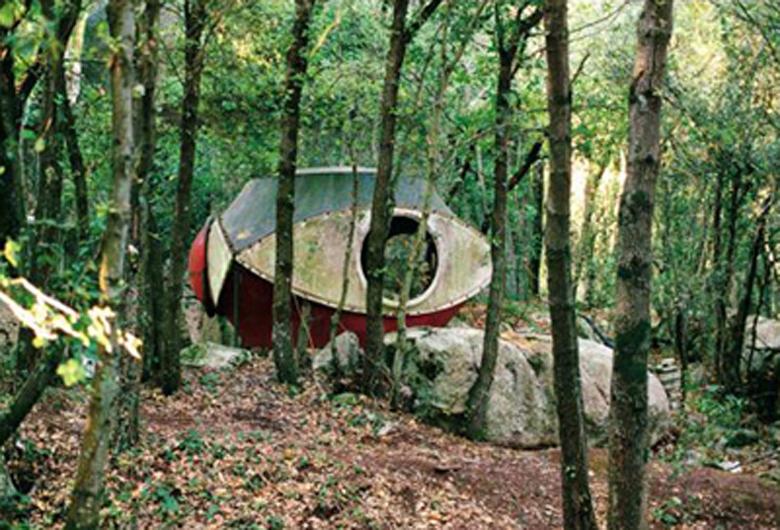 Figure 8. Antti Lovag, Abandoned experimental sphere.