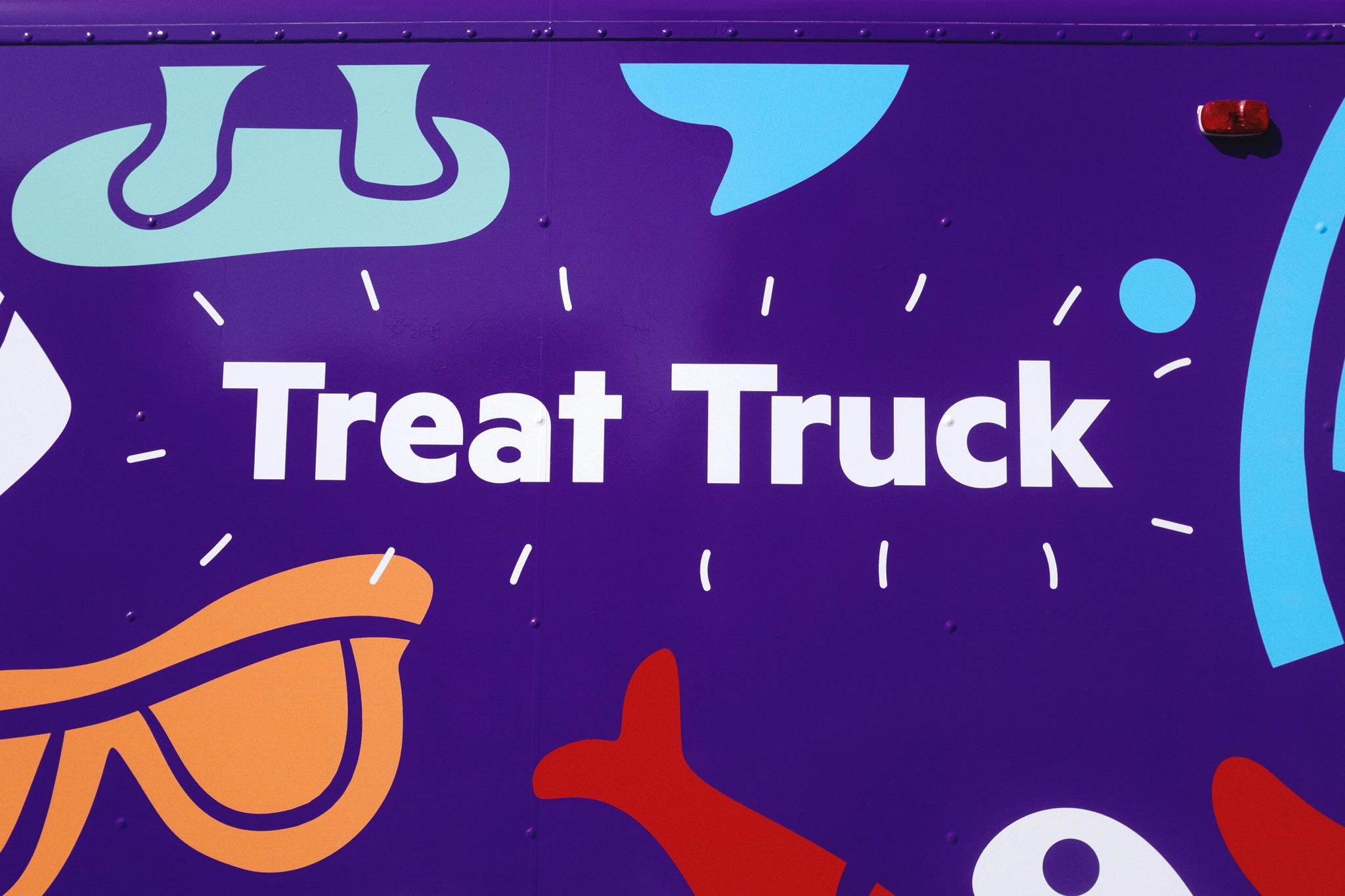 HCH treat Truck5.jpg