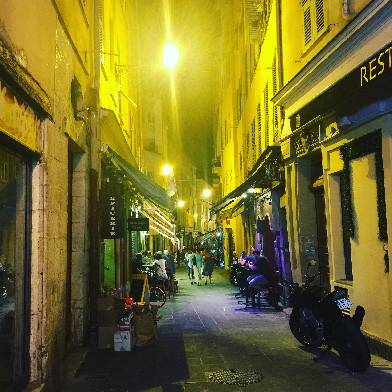 Old Town/Vieux Nice
