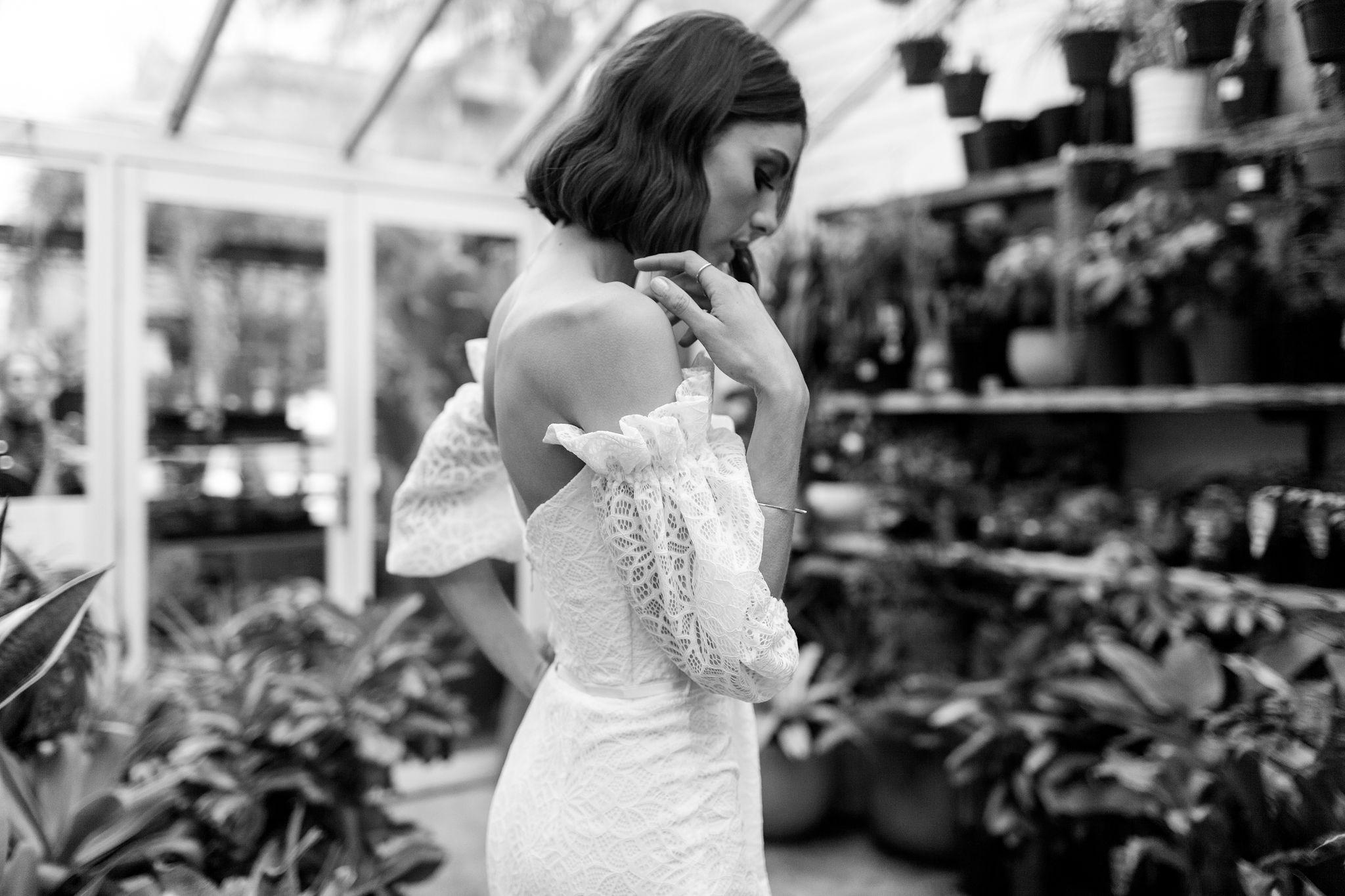 Vivienne_KarenWillisHolmes_GlasshausHR32.jpg