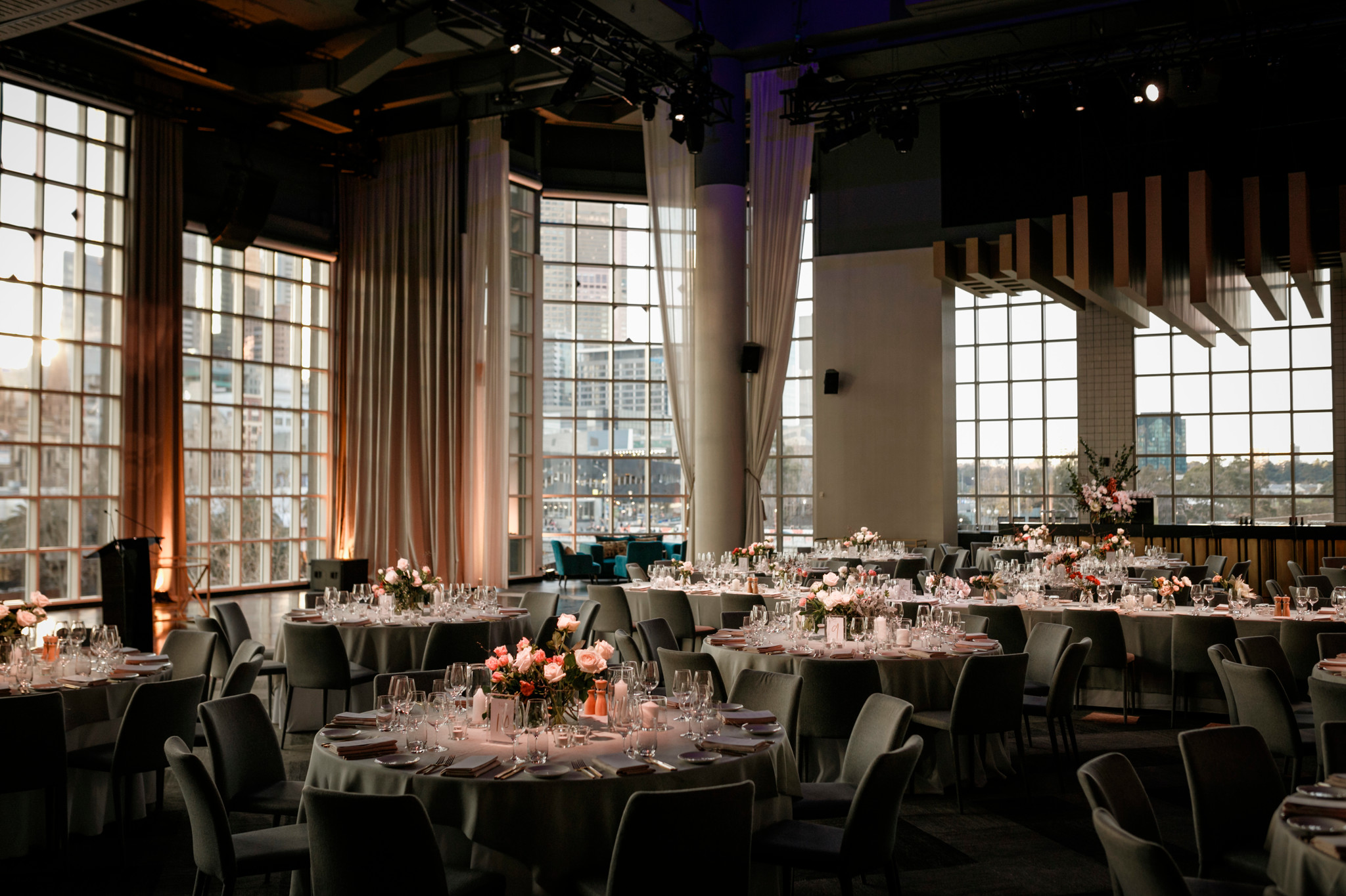 Metropolis Events - Weddings at the Panorama Room (5).jpg