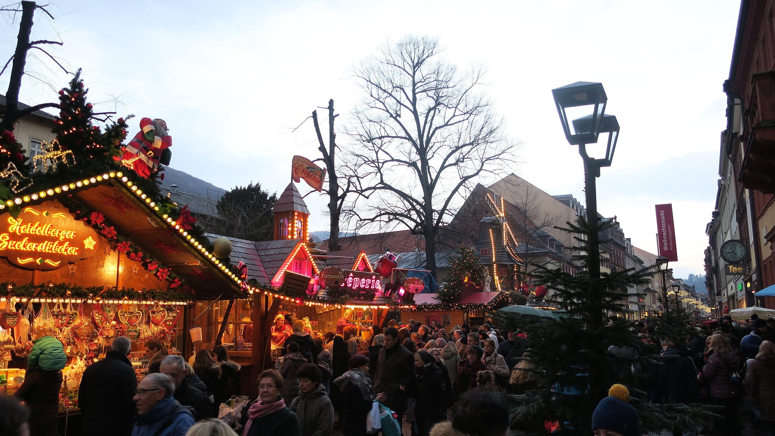 O segundo mercado em Anatomiegarten.