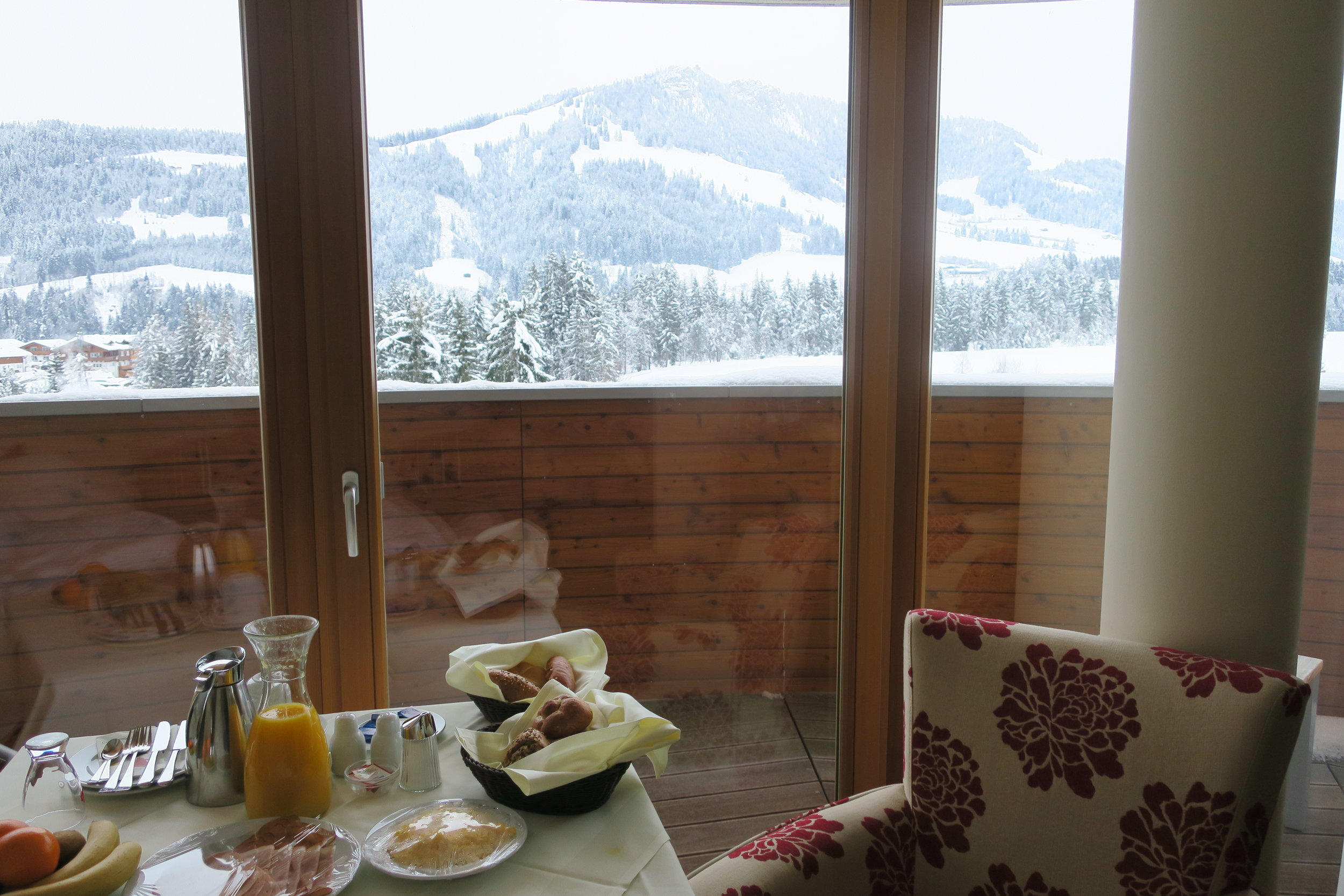 Breakfast with a wow view