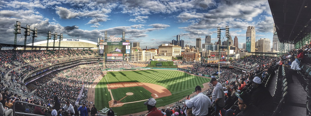 baseball-field-1149153_1280.jpg