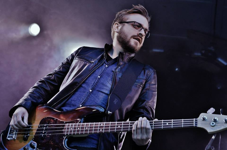Gary Powers - Bass