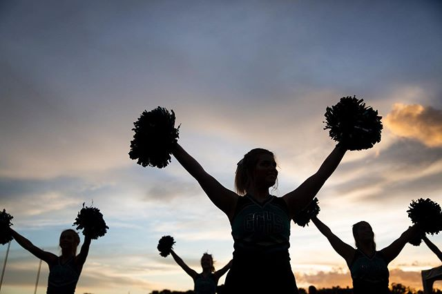 Friday night lights are back y'all. I'm looking forward to filling my feed with cheerleading photos this fall