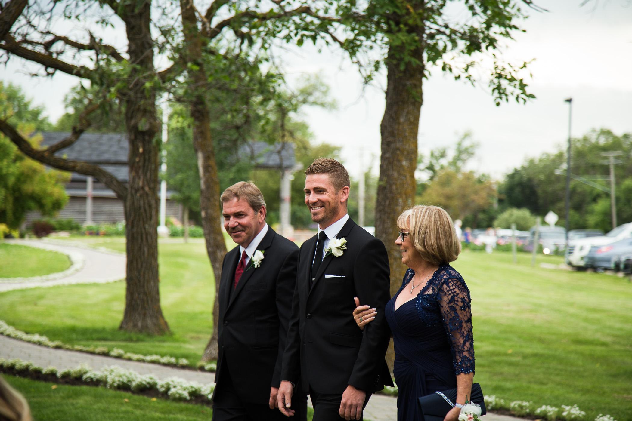 Marie and Steve - Breezy Bend Wedding - Cojo Photo-681.jpg