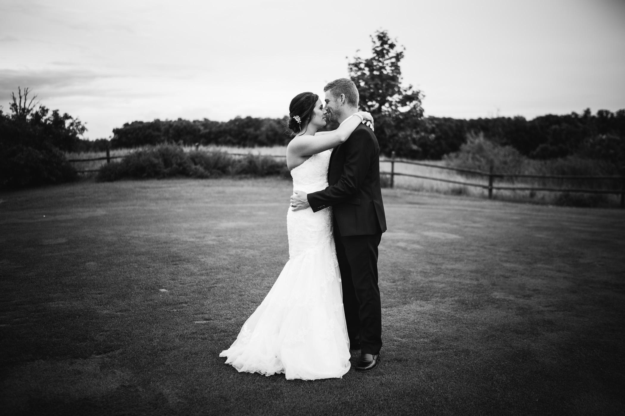 Marie and Steve - Breezy Bend Wedding - Cojo Photo-1491.jpg