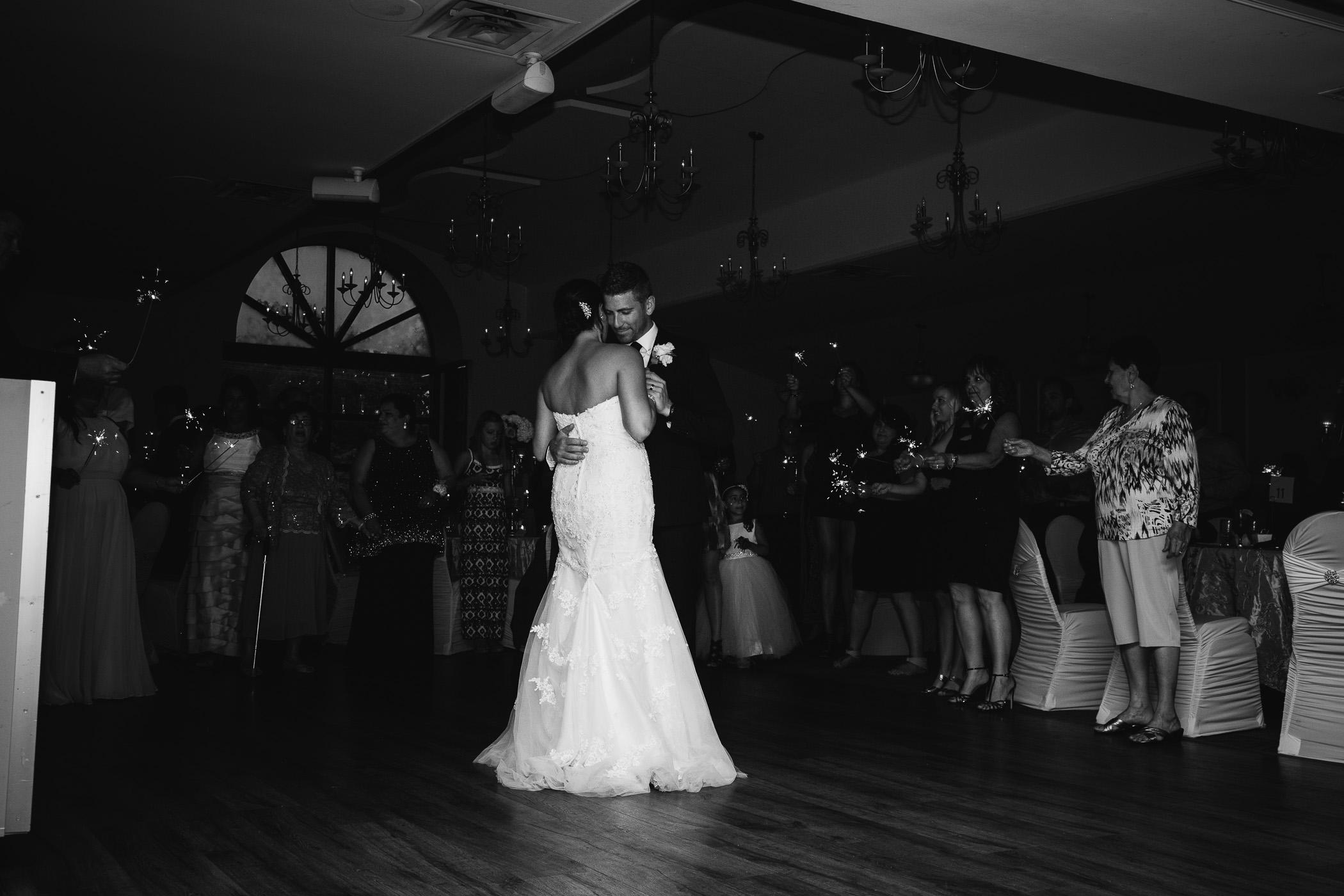 Marie and Steve - Breezy Bend Wedding - Cojo Photo-1629.jpg