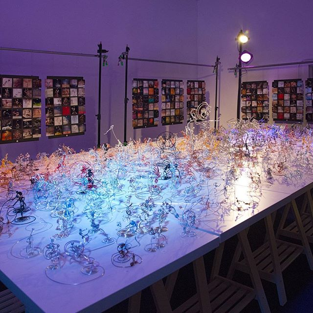 Single-strand #wire #art on day 365, which was on March 26. Here's the display setup at the End of the Road party before we opened the doors. #wireart #sculpture #onewire
