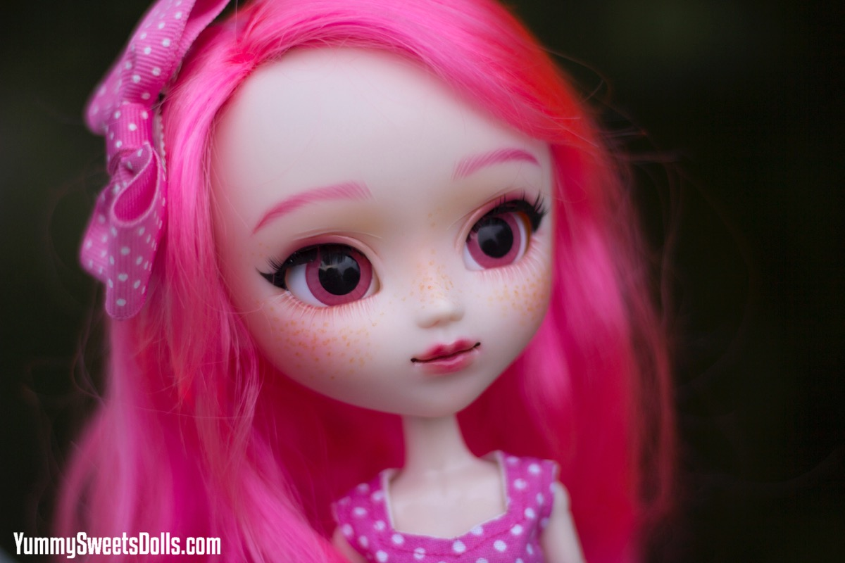 Pink Bubblegum by Yummy Sweets Dolls
