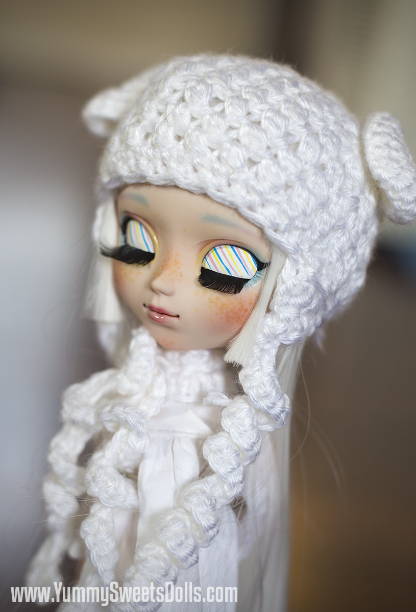 Marshmallow by Yummy Sweets Dolls, Connie Bees