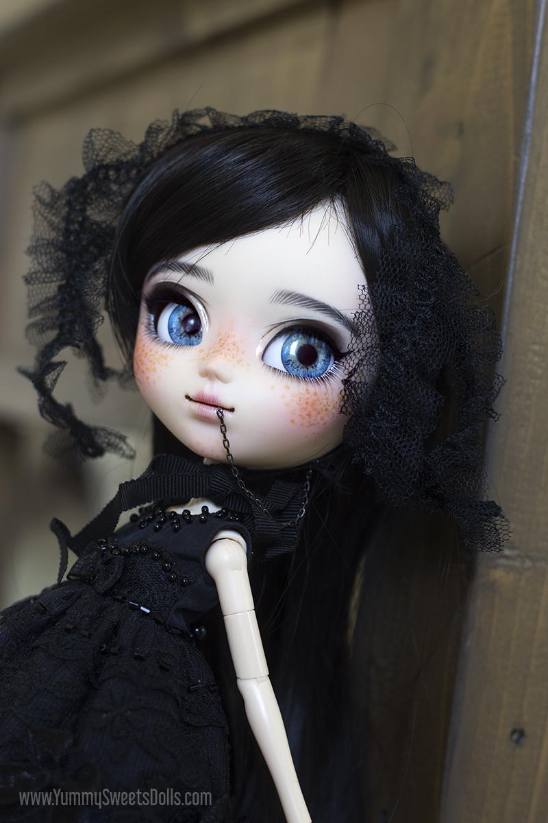 Black Velvet Cake by Yummy Sweets Dolls, Connie Bees, Full Custom Pullip