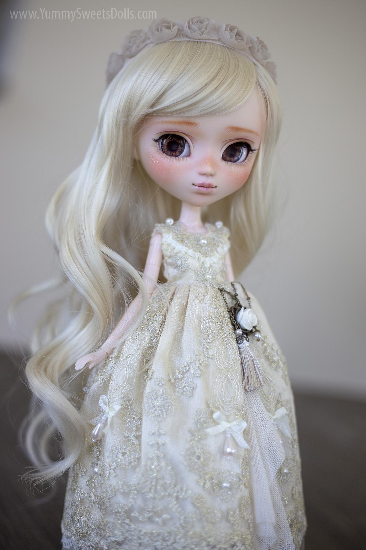 Evangeline Bride Wedding full custom Pullip doll by Yummy Sweets Dolls, Connie Bees