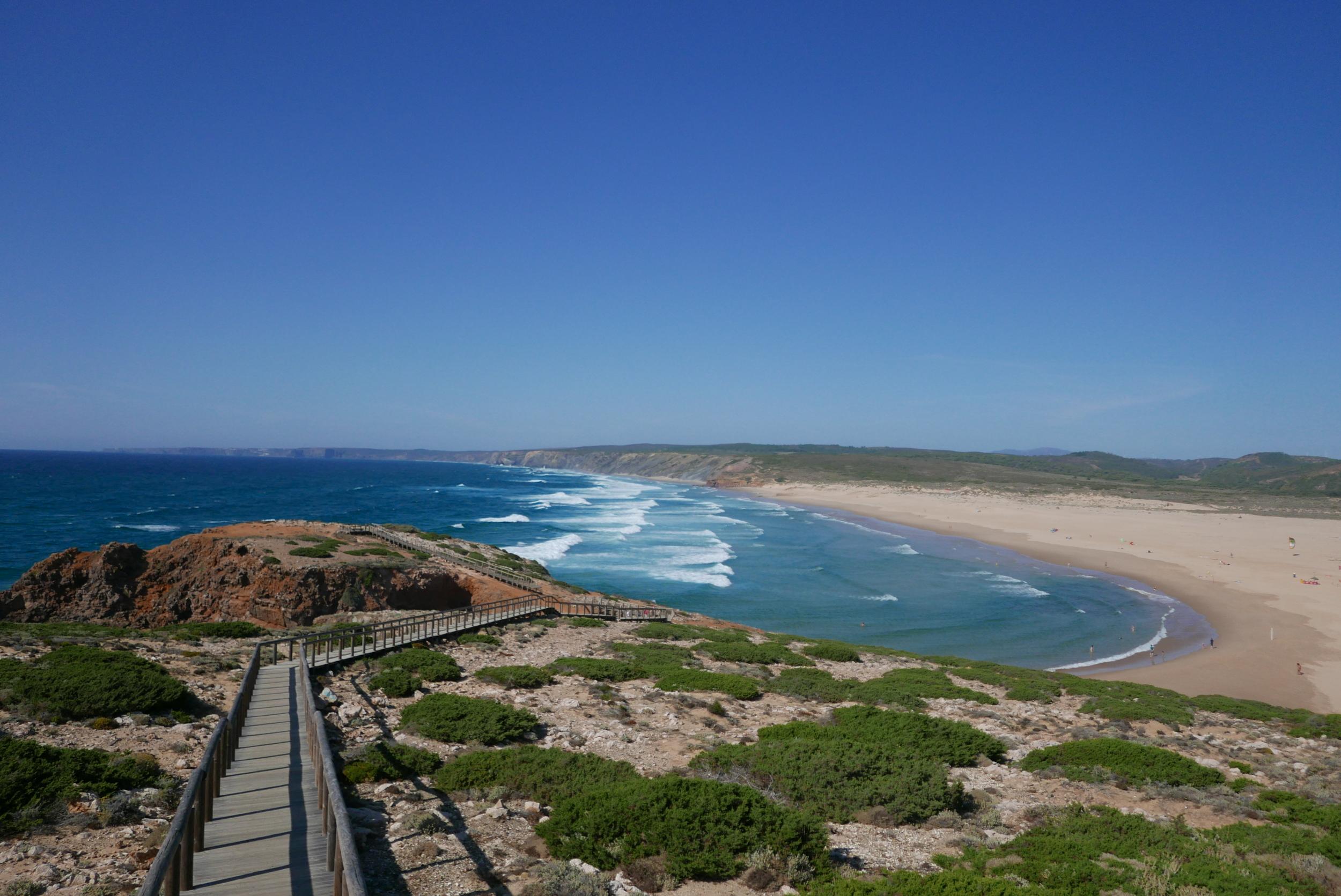 bordeira-portugal-strand