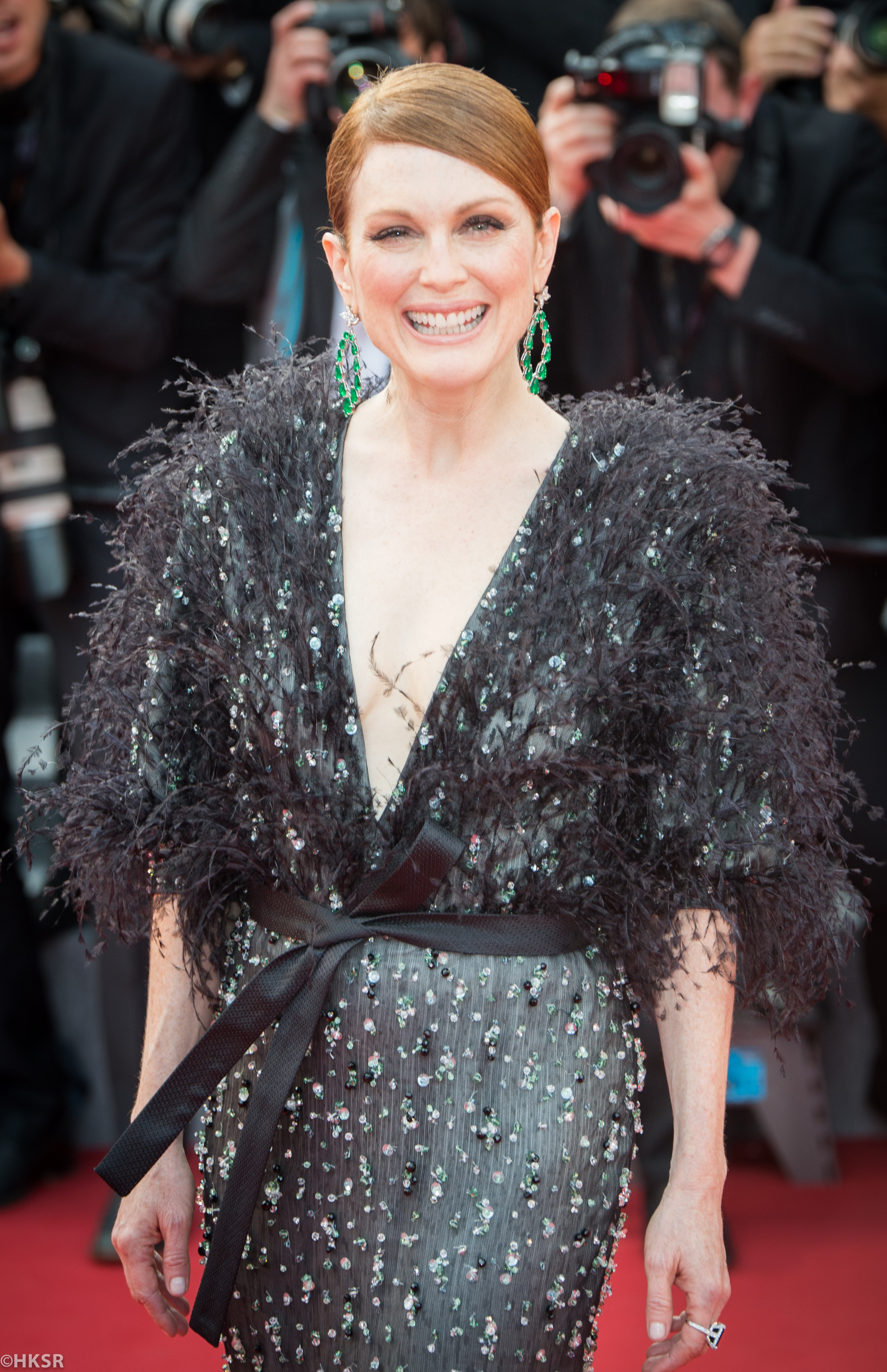 Julianne Moore looked stunning on the red carpet at Cannes 2015