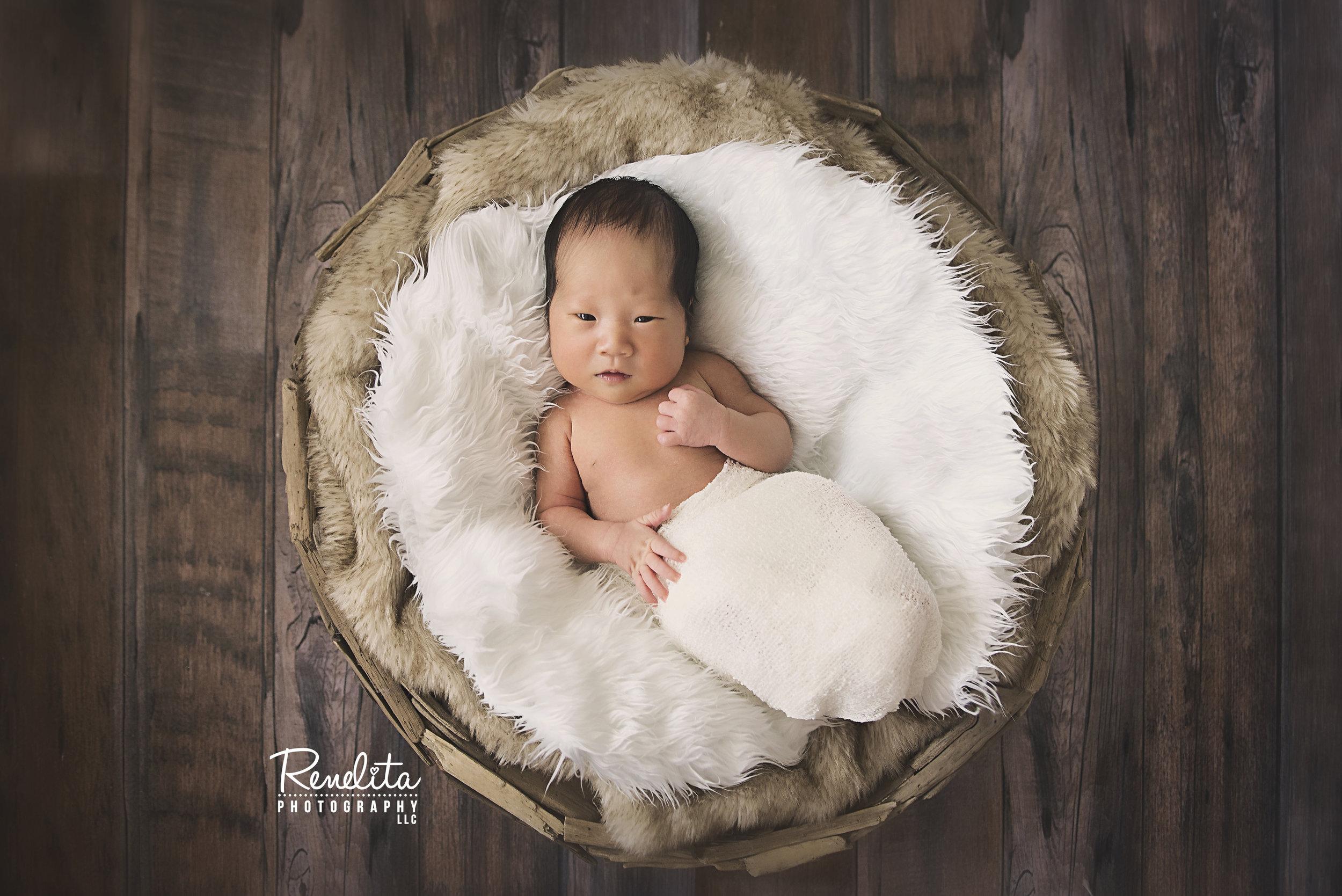 Choi_newborn16_FB.jpg