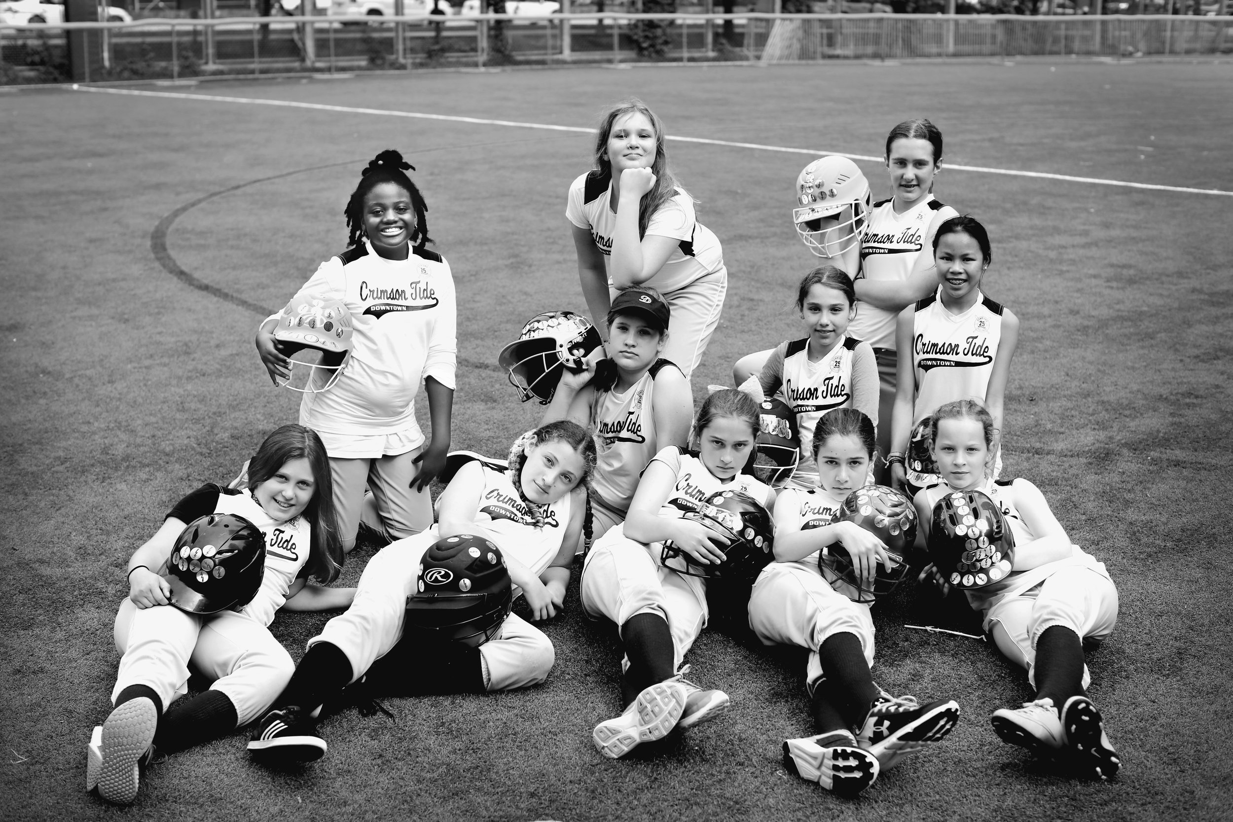 7W1A0043_tide_softball_ritathompson_b&w.jpg